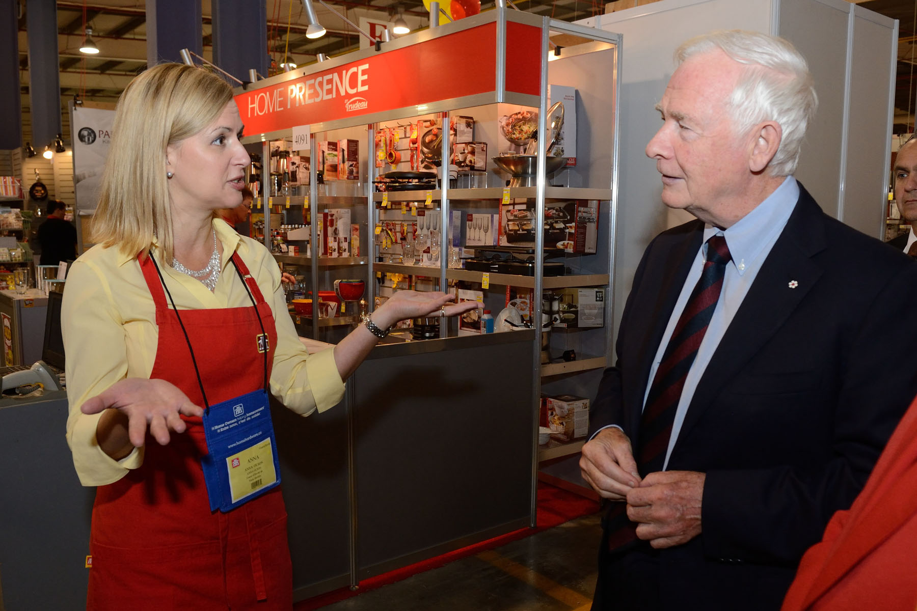 Following his address, the Governor General toured the Fall Market area to meet with Home Hardware dealers to talk about the philanthropic initiatives in which they are involved.