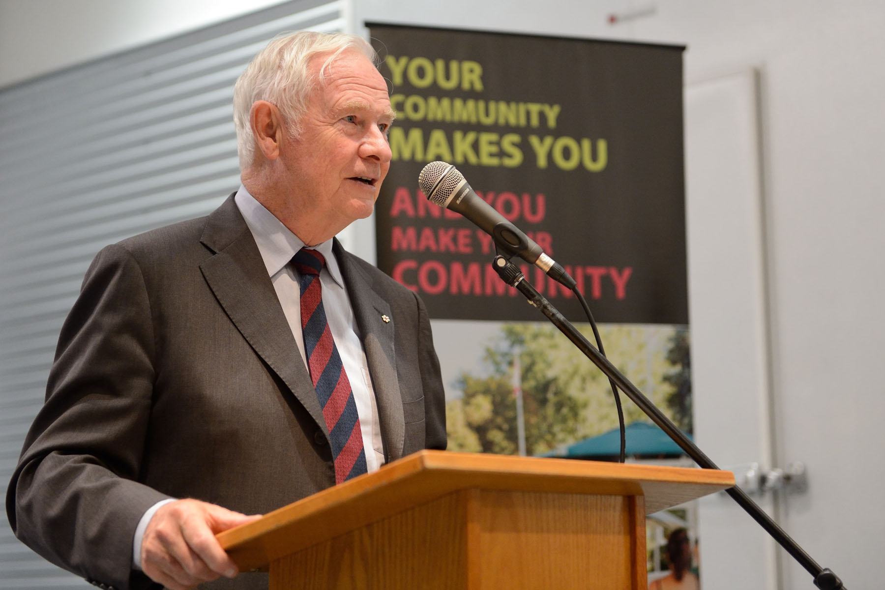 As patron of Community Foundations of Canada, His Excellency delivered a keynote address at the launch of the South Okanagan/Similkameen Smart and Caring Communities Initiative. The focus of this initiative will be to establish community funds and local committees throughout the region.