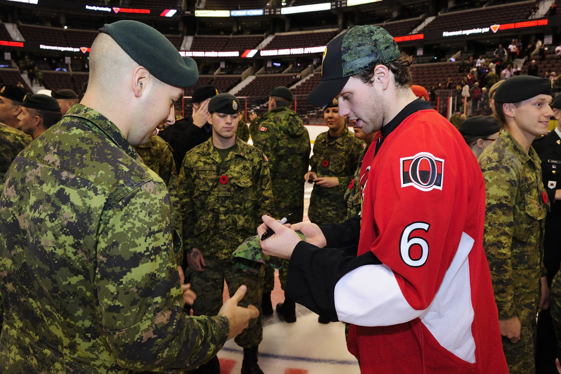 Canadian Forces Appreciation Night is an annual event that publicly thanks and recognizes the soldiers, sailors, airmen and airwomen of our Canadian Armed Forces. Ottawa Senators player Bobby Ryan signed autographs to Canadian Armed Forces members.