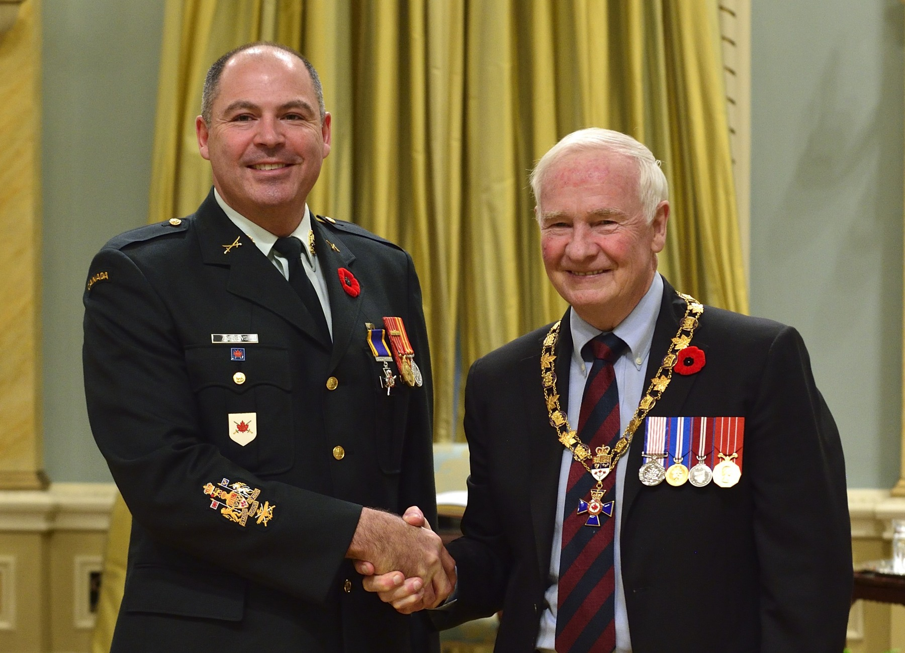 His Excellency presented the Order of Military Merit at the Member level (M.M.M.) to Chief Warrant Officer Peter Andrews, M.M.M., C.D., Land Force Atlantic Area Headquarters, Halifax, N.S.