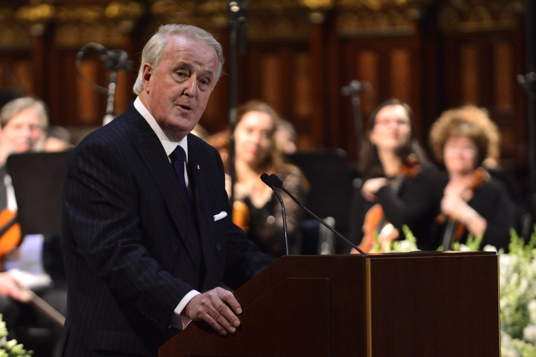Former Prime Minister of Canada the Honourable Brian Mulroney (1984-1993) was the last one to speak about how Paul G. Desmarais was a remarkable Canadian.