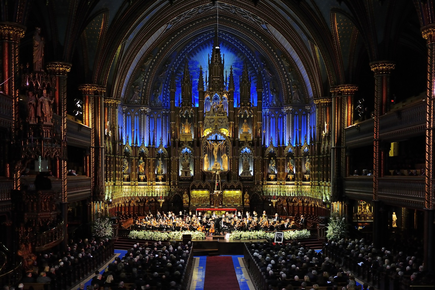The ceremony was held at the Notre-Dame Basilica of Montréal.