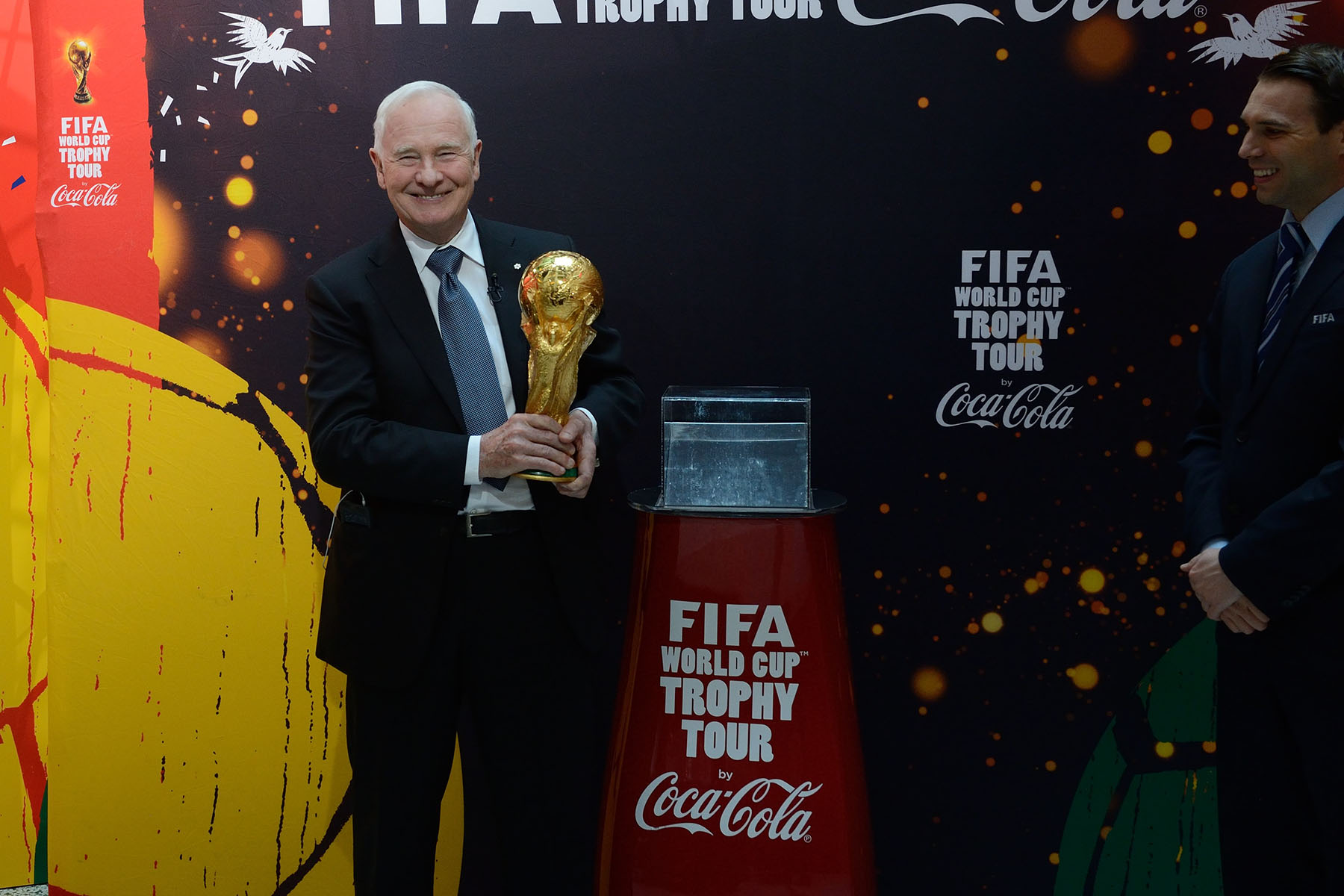 Later that day, the Governor General had the unique opportunity to touch the FIFA World Cup Trophy, during its only Canadian stop on the world tour.