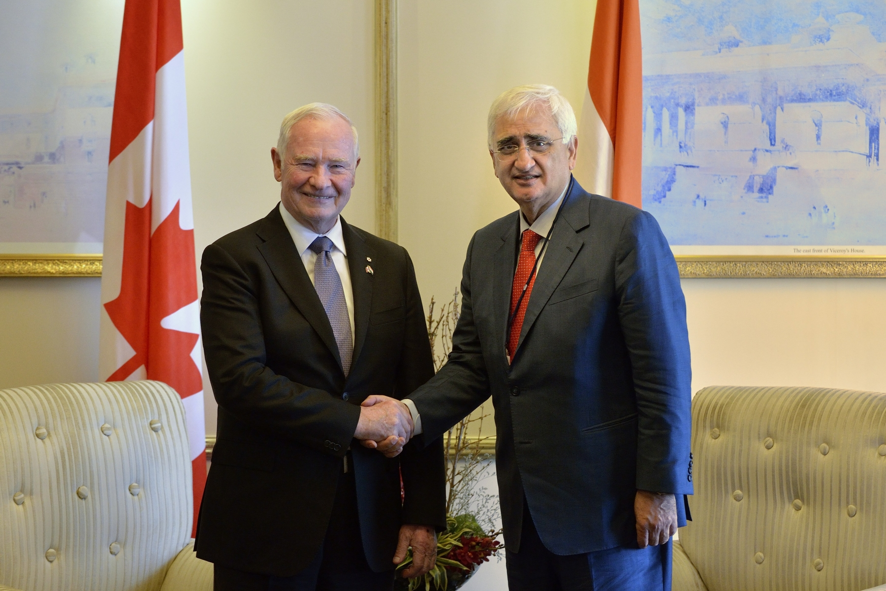 Later that morning, the Governor General met with Shri Salman Khurshid, Honourable Minister of External Affairs.