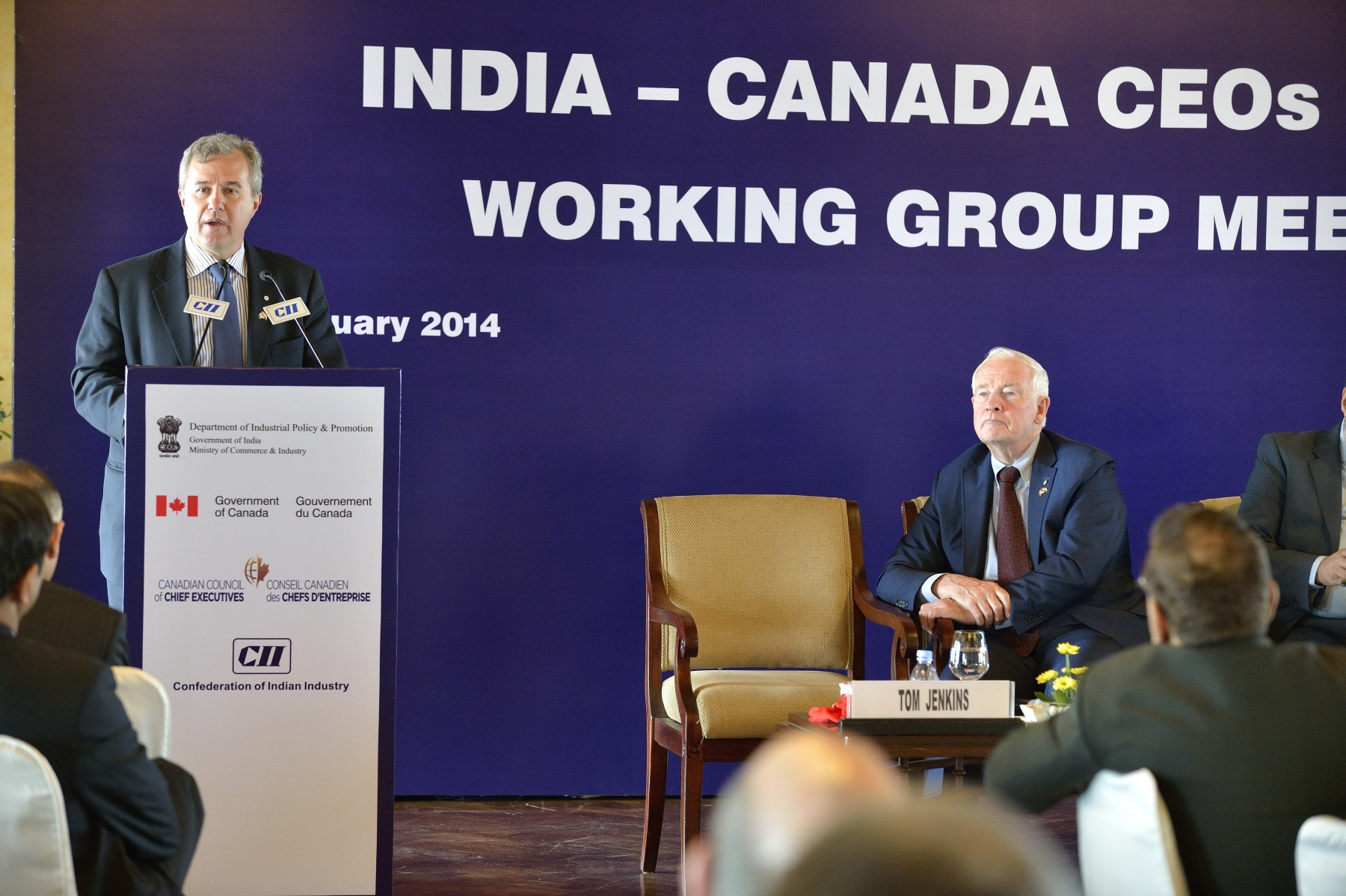 This event was followed by the Canada-India CEO Forum, which brought together senior Canadian and Indian executives to capitalize on opportunities for trade, investment and innovation partnerships, and to address related challenges. On this occasion, the Canada-India CEO Forum co-chairs Tom Jenkins, Chairman of OpenText (pictured, left), and Hari S. Bhartia, Co-Chairman and Founder of Jubilant Bhartia Group, presented a report to the Governor General and the Honourable Anand Sharma, Minister of Commerce and Industry.