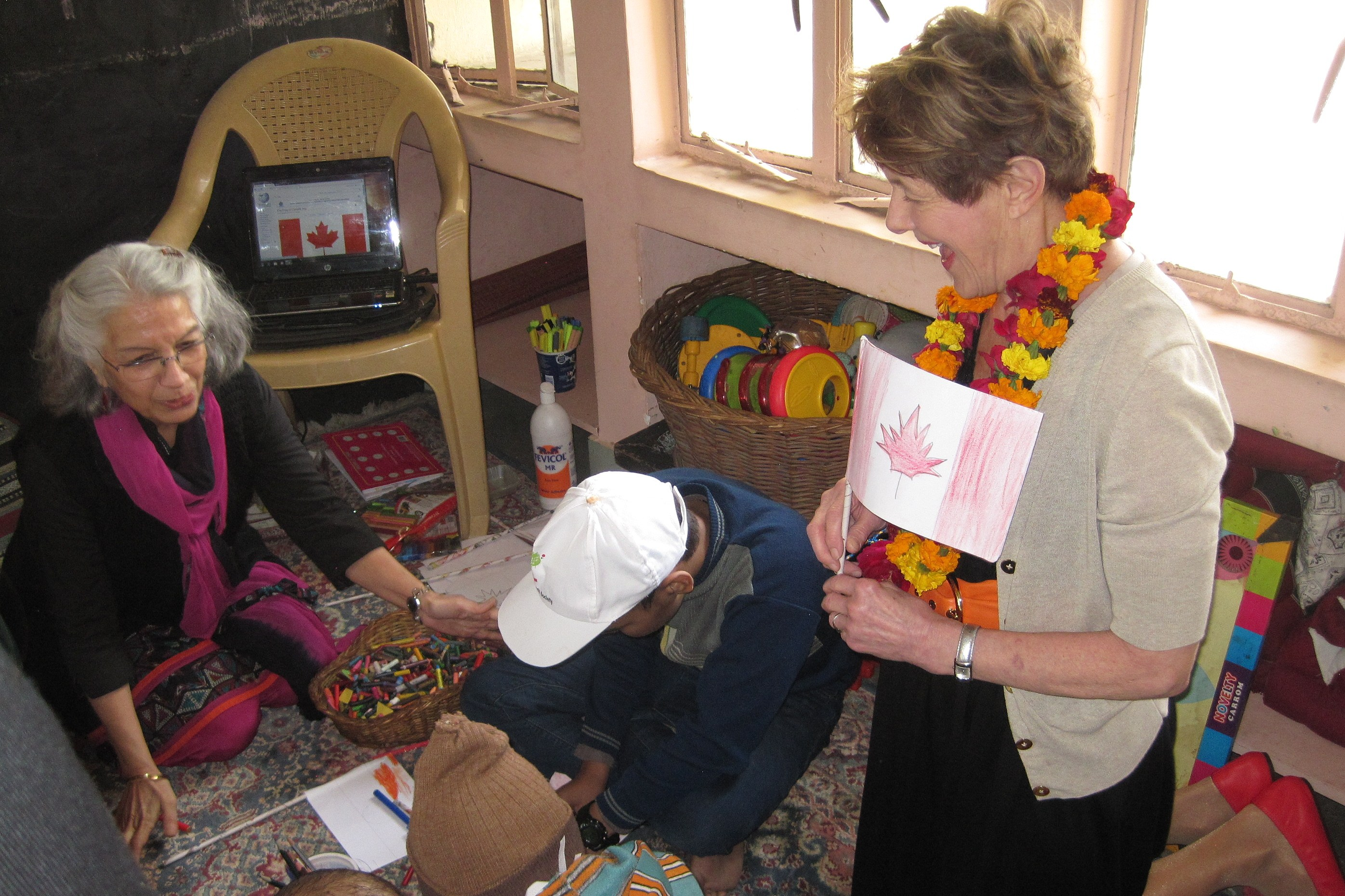 Her Excellency visited CanSupport, a daycare program for children and teenagers diagnosed with cancer.