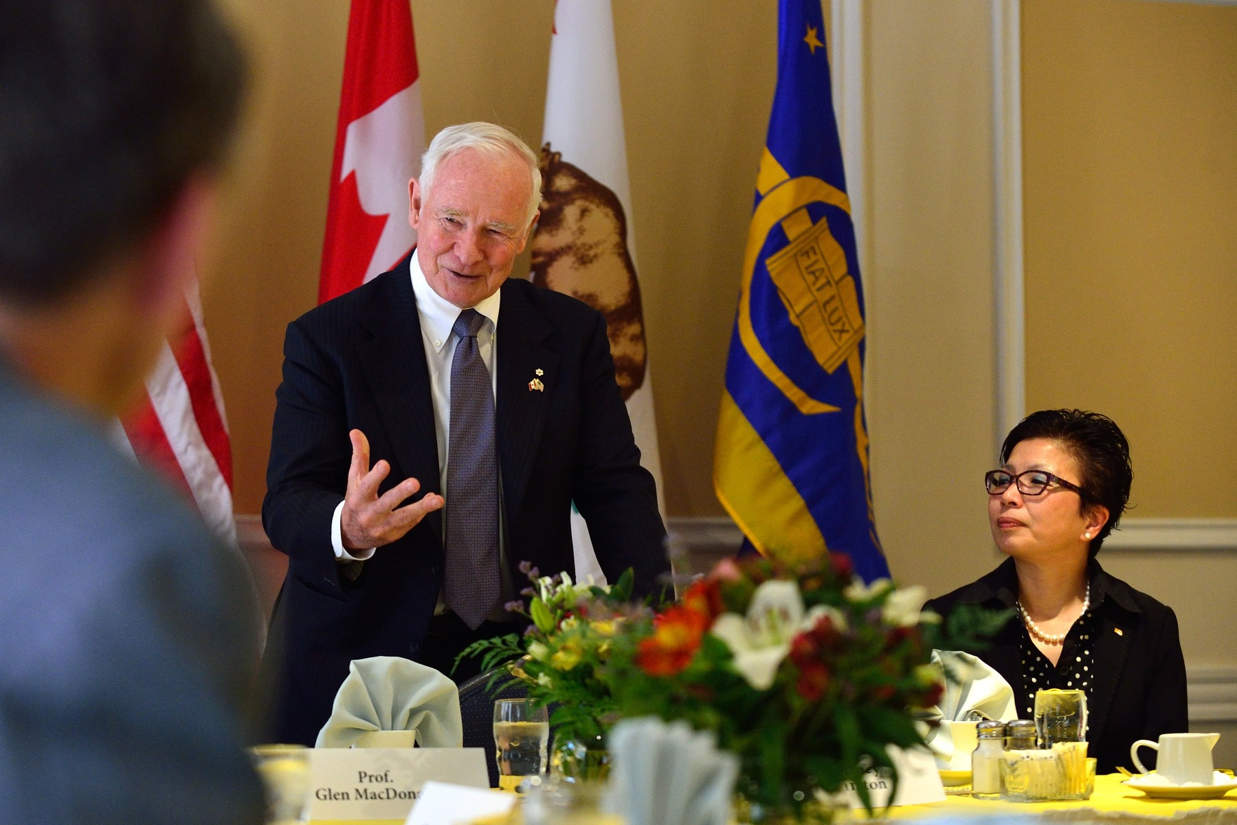 The Governor General delivered an address on the theme of Canada-United States: Training the Next Generation of Researchers and Innovators with officials and faculty from the UCLA Canadian Studies Program, the International Institute, the Burkle Center for International Relations, and the California Nanotechnology Institute.