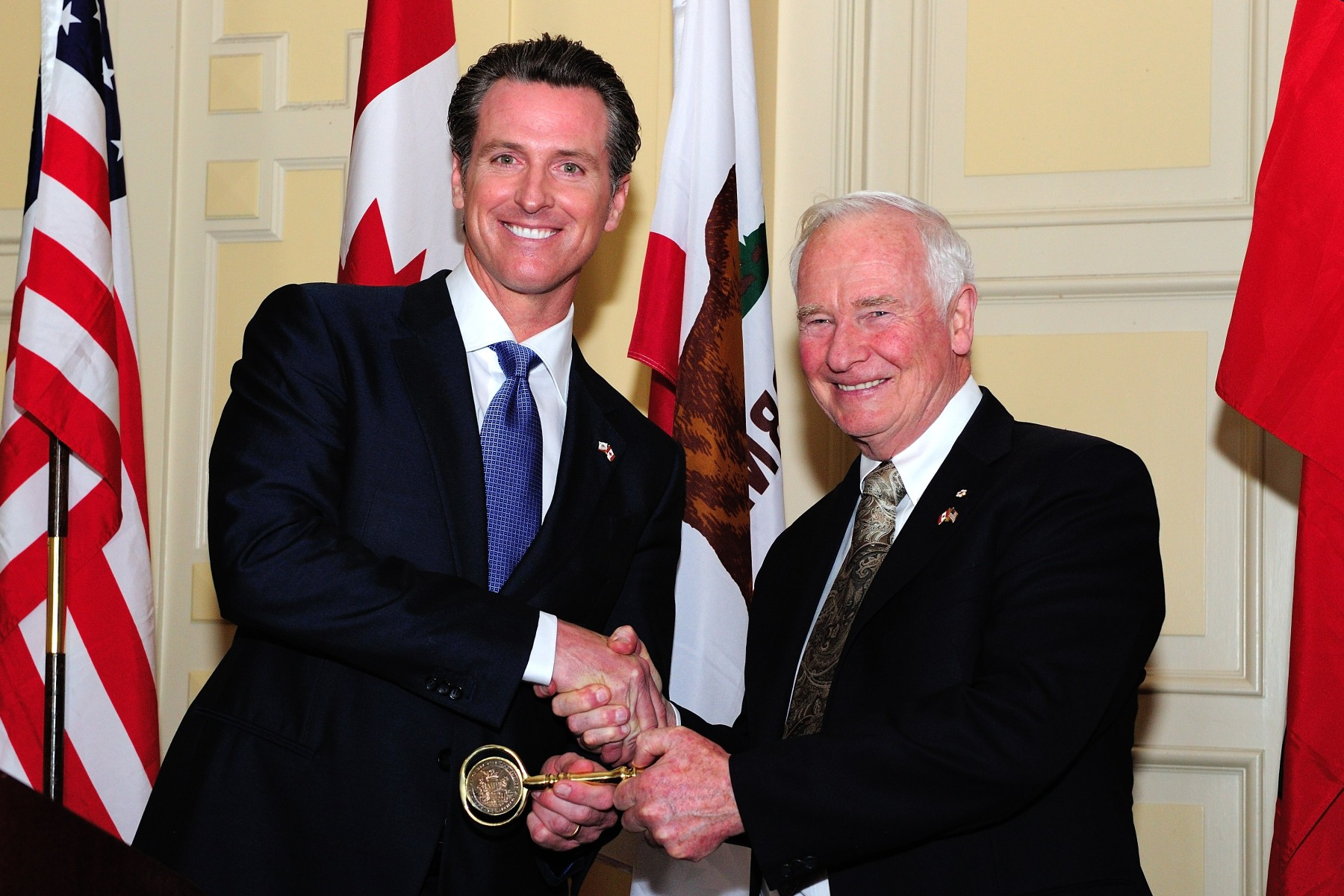 In honour of the Governor General's visit, Mr. Gavin Newsom, Lieutenant Governor of California, presented the key to the city of San Francisco to His Excellency.