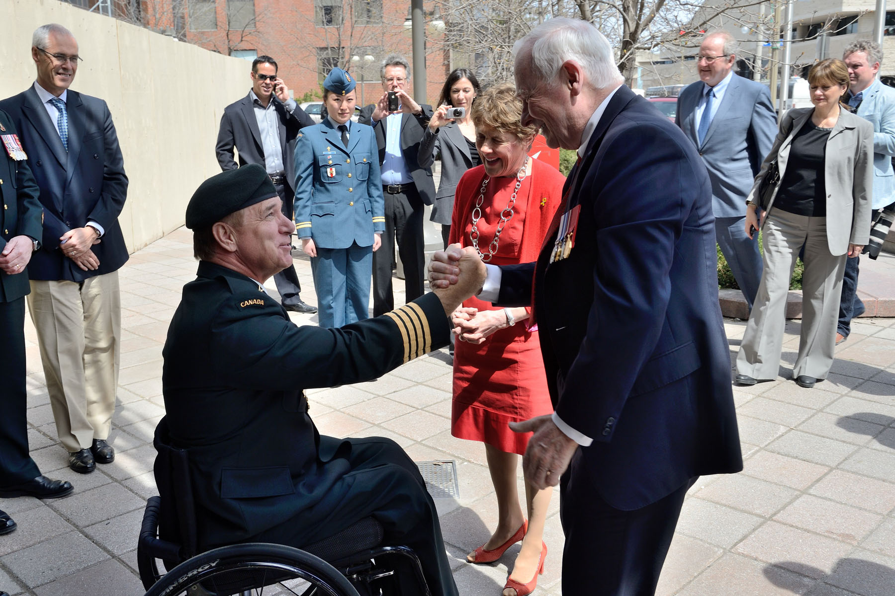 Upon his arrival at La Maison du Citoyen, Their Excellencies shook hands with Mr. Rick Hansen who will EMCEE the National Day of Honour Parade on Parliament Hill.