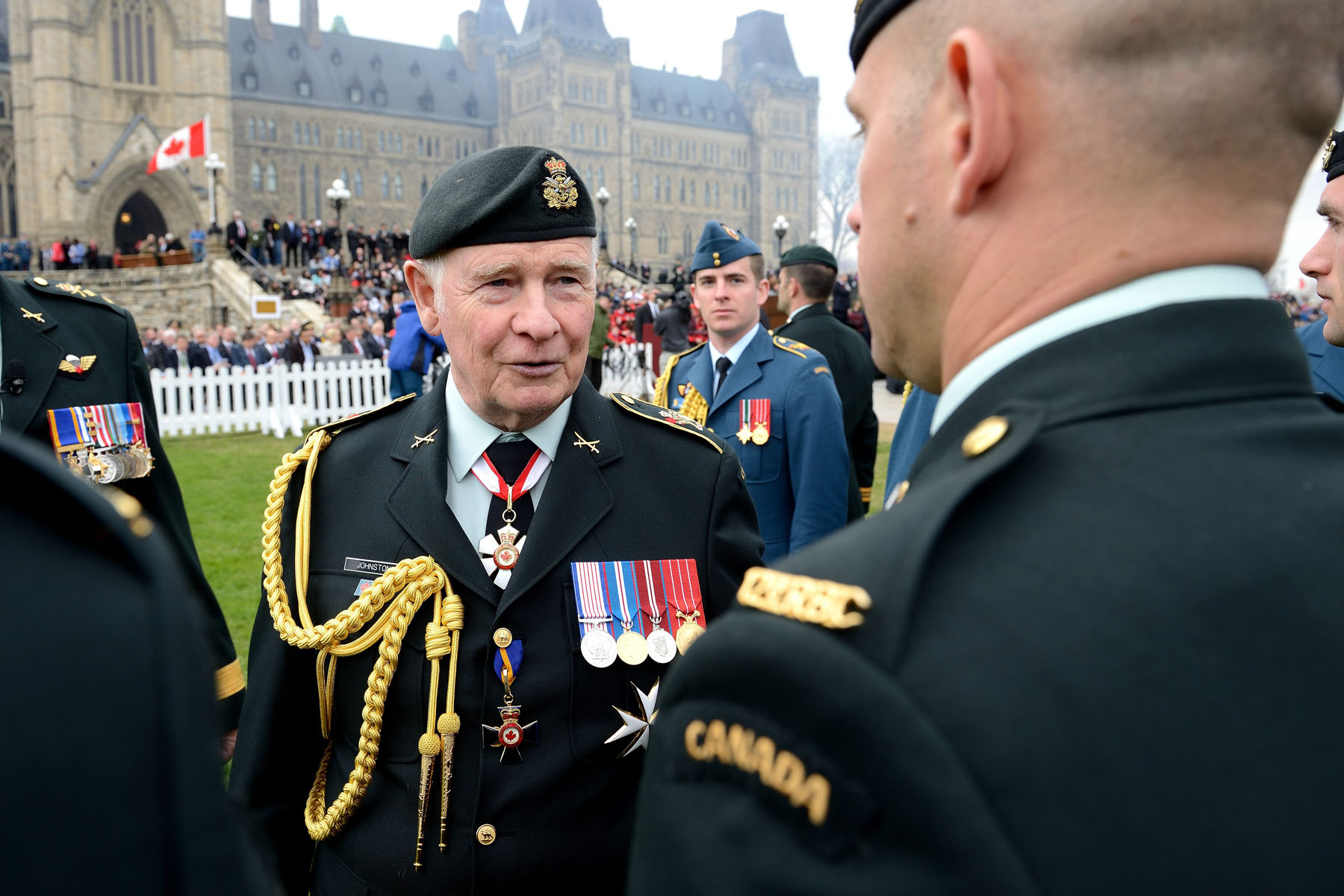 During the inspection, the Governor General and Commander-in-Chief spoke with some of the Canadian Armed Forces Members.