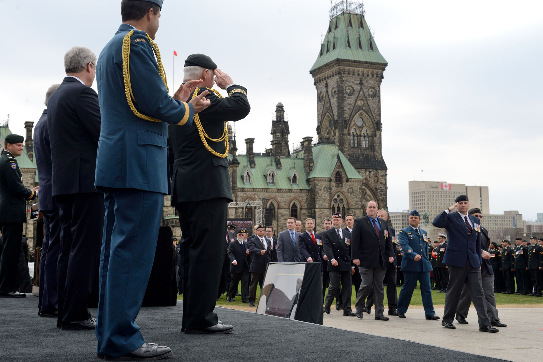 The National Day of Honour commemorated the service and sacrifice of members of the Canadian Armed Forces and employees of the public service of Canada who served in Afghanistan.