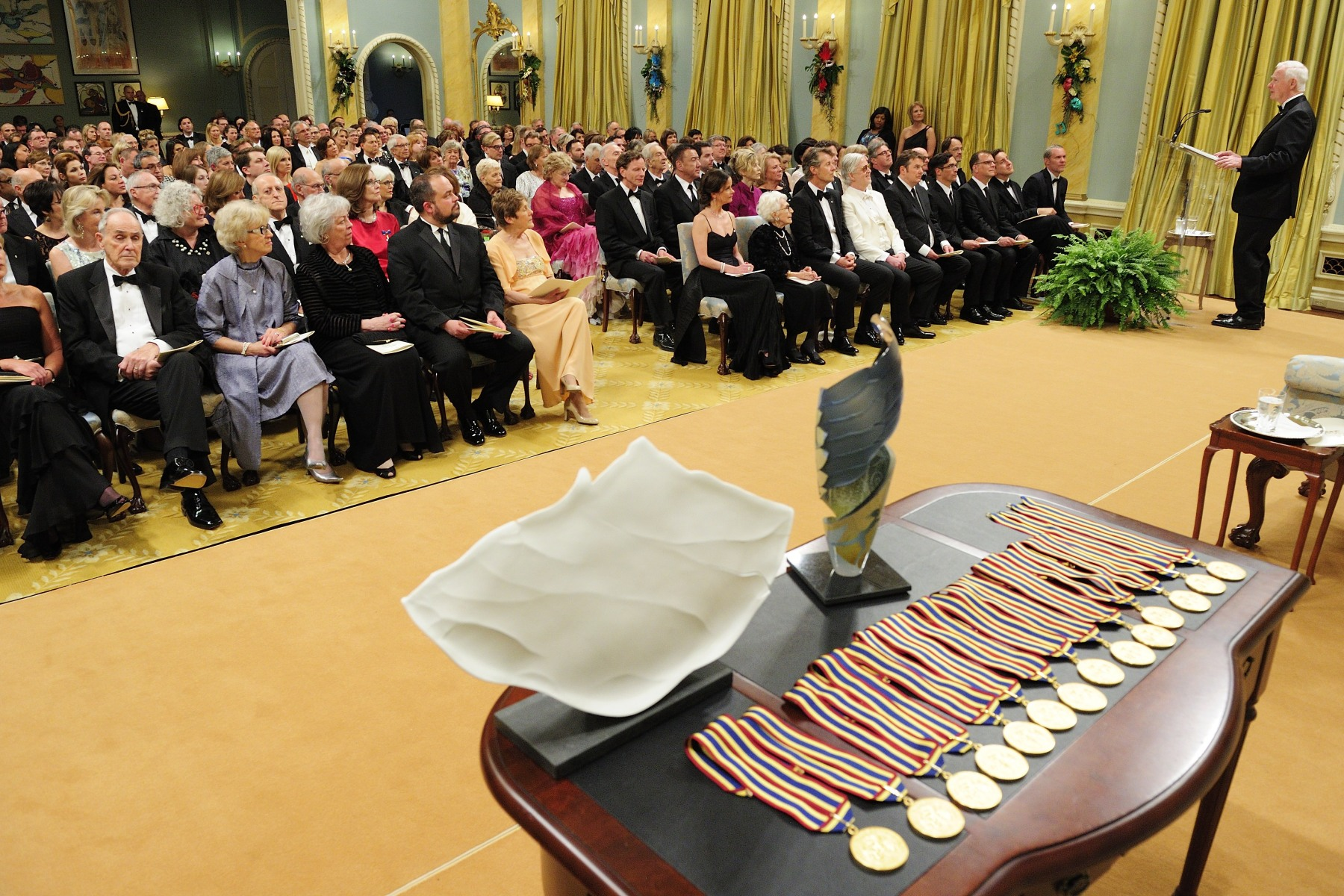 Each year, the medals are presented to the laureates by the Governor General at Rideau Hall. The following evening, Their Excellencies and all recipients attend a Gala in their honour at the National Art Centre.