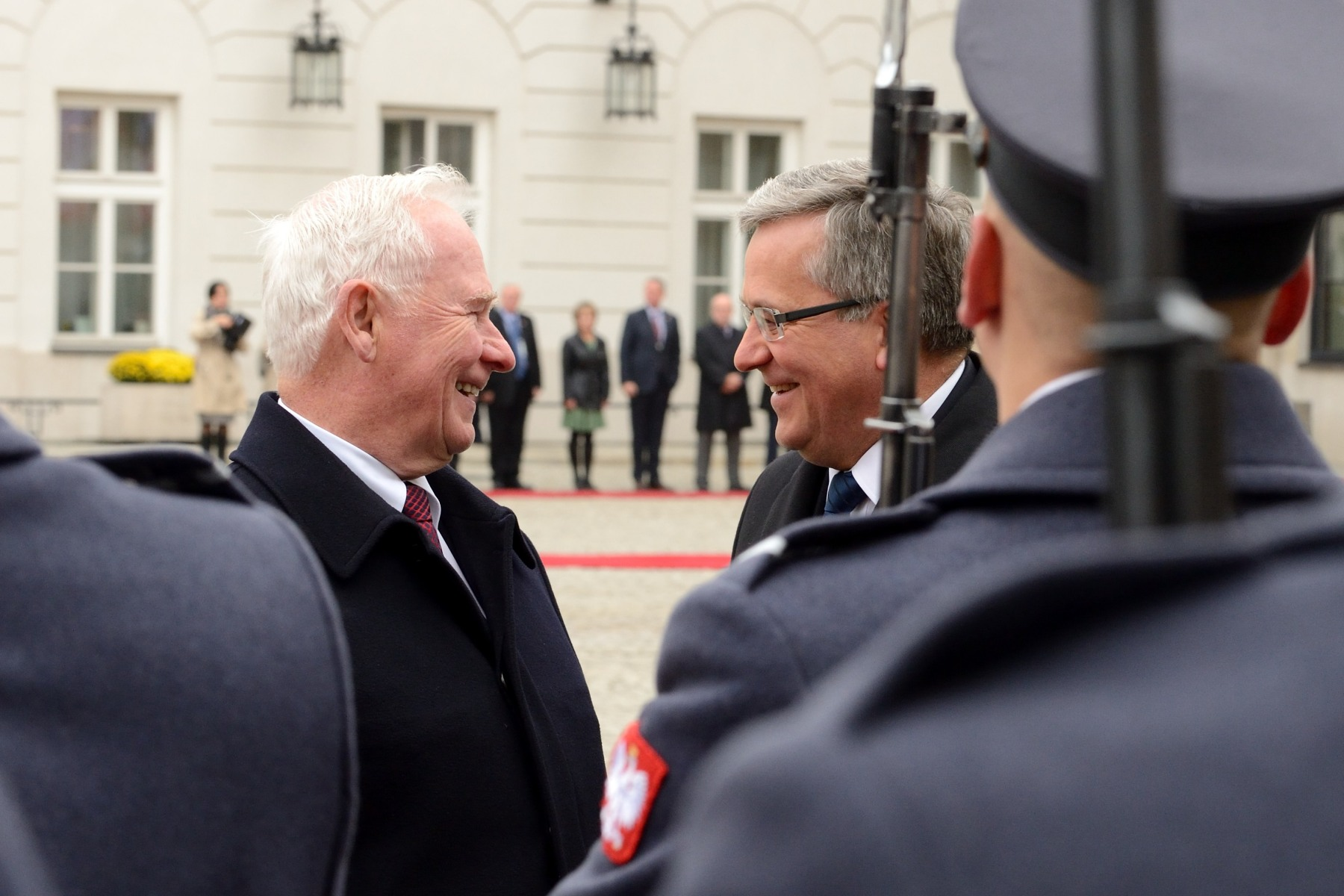 His Excellency the Right Honourable David Johnston, Governor General of Canada, was officially welcomed by the President of Poland Bronislaw Komorowski at the Presidential Palace, in Warsaw, on October 23, 2014