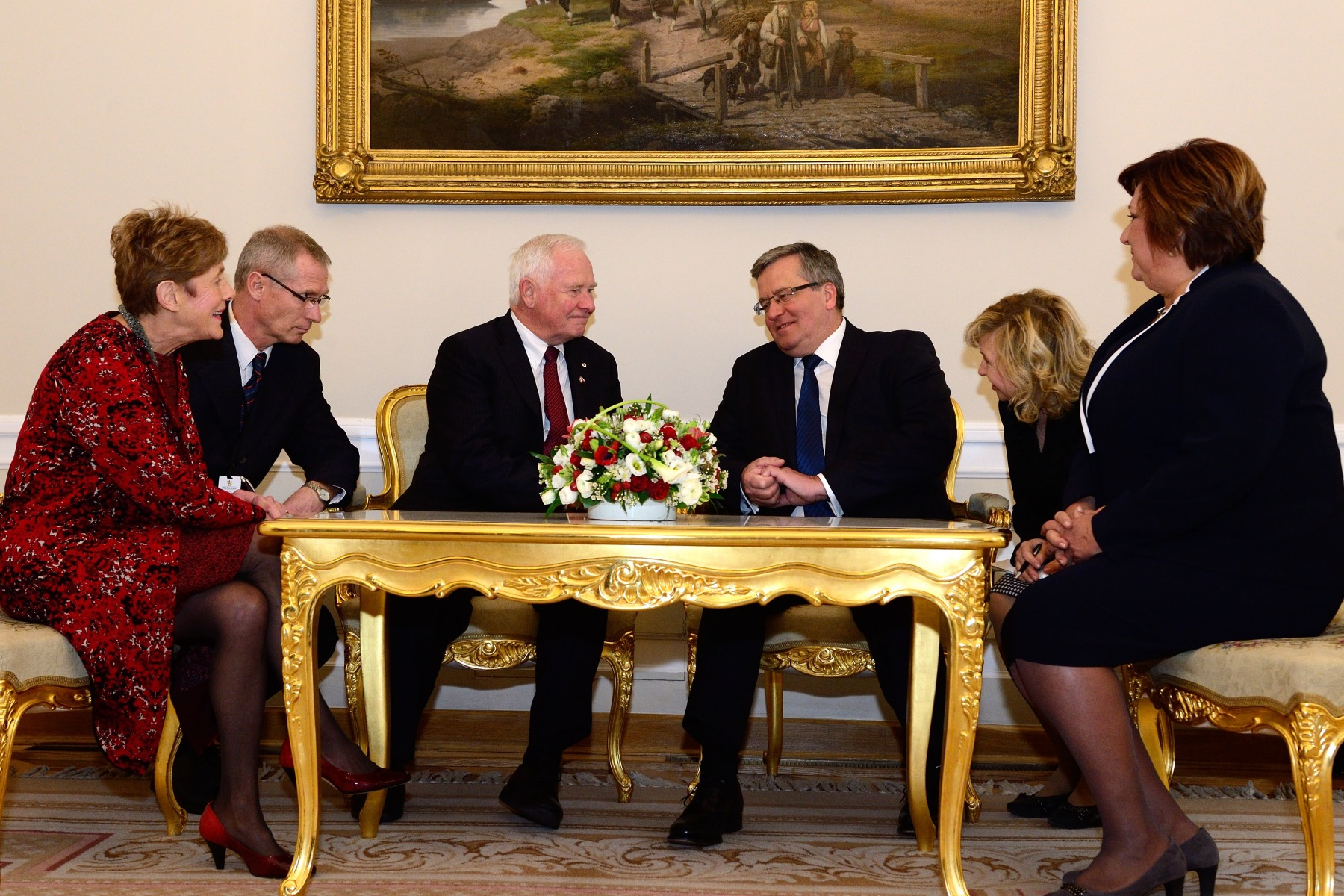 Their Excellencies also met with President Komorowski and First Lady Anna Komorowska to discuss the robust bilateral relations between Canada and Poland, based on historic, military and people-to-people ties.
