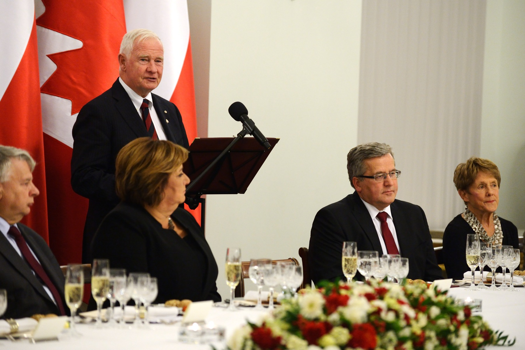 Their Excellencies and Canadian delegates took part in a State dinner hosted by the President and First Lady of Poland, in honour of their visit to the country.
