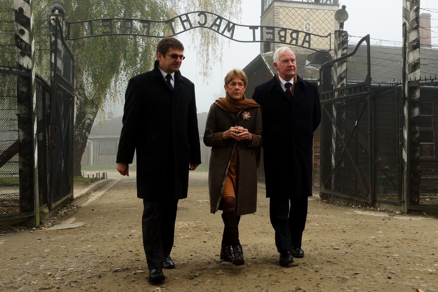 Their Excellencies and Canadian delegates visited the Auschwitz-Birkenau State Museum and Memorial.