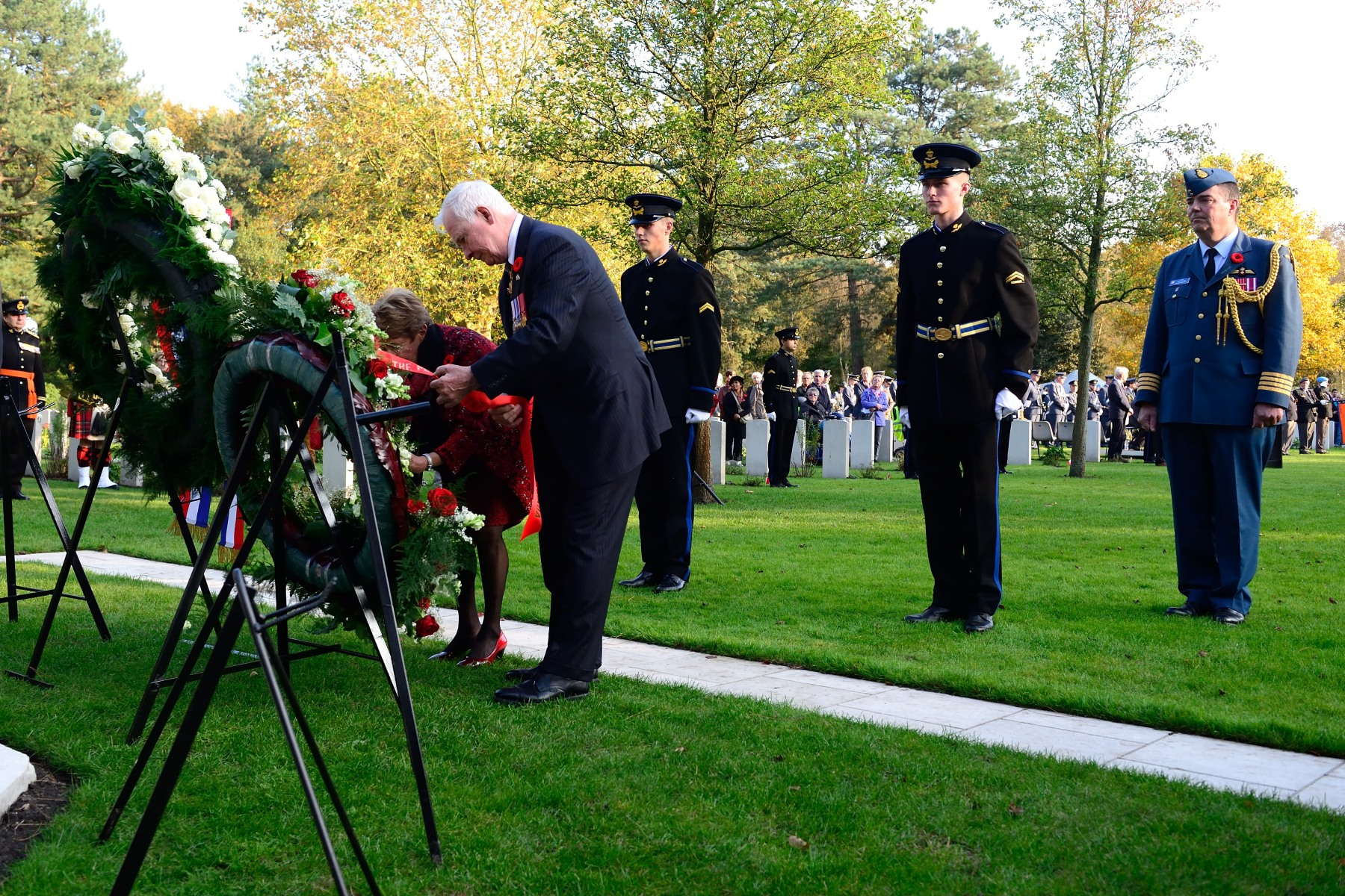 The Governor General also laid a wreath on behalf of the people of Canada on this occasion.