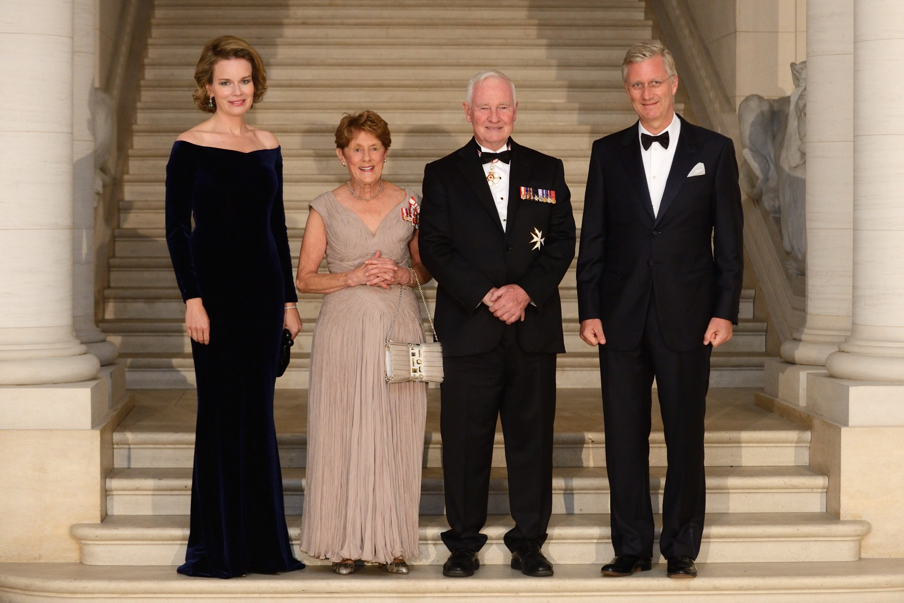 In the evening, Their Excellencies and Canadian began their visit to Belgium. Their Excellencies attended a dinner hosted by His Majesty King Philippe of the Belgians and Her Majesty Queen Mathilde in honour of their visit. Twenty representatives of the top Belgian businesses with trade or investment ties to Canada were also in attendance.