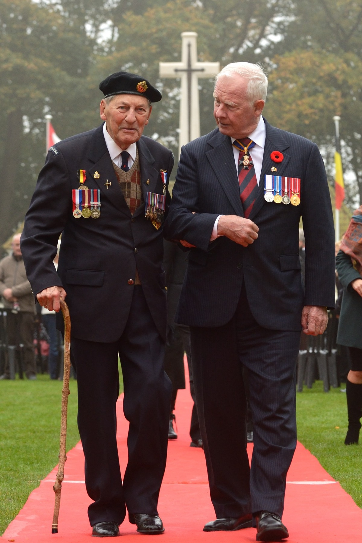 During the ceremony, the Governor General had the honour of walking alongside a Second World War Canadian veteran.