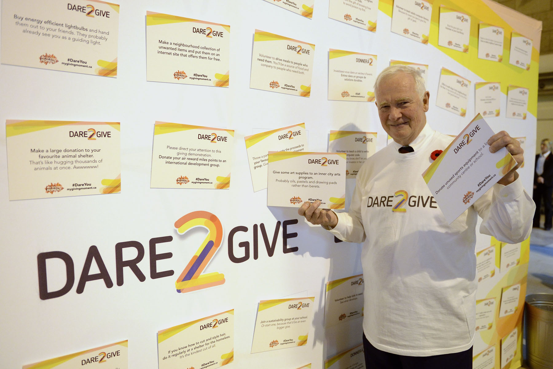 As part of the newly launched Dare2Give challenge, the latest in the My Giving Moment campaign, a Dare Wall came to life at Toronto's Union Station.