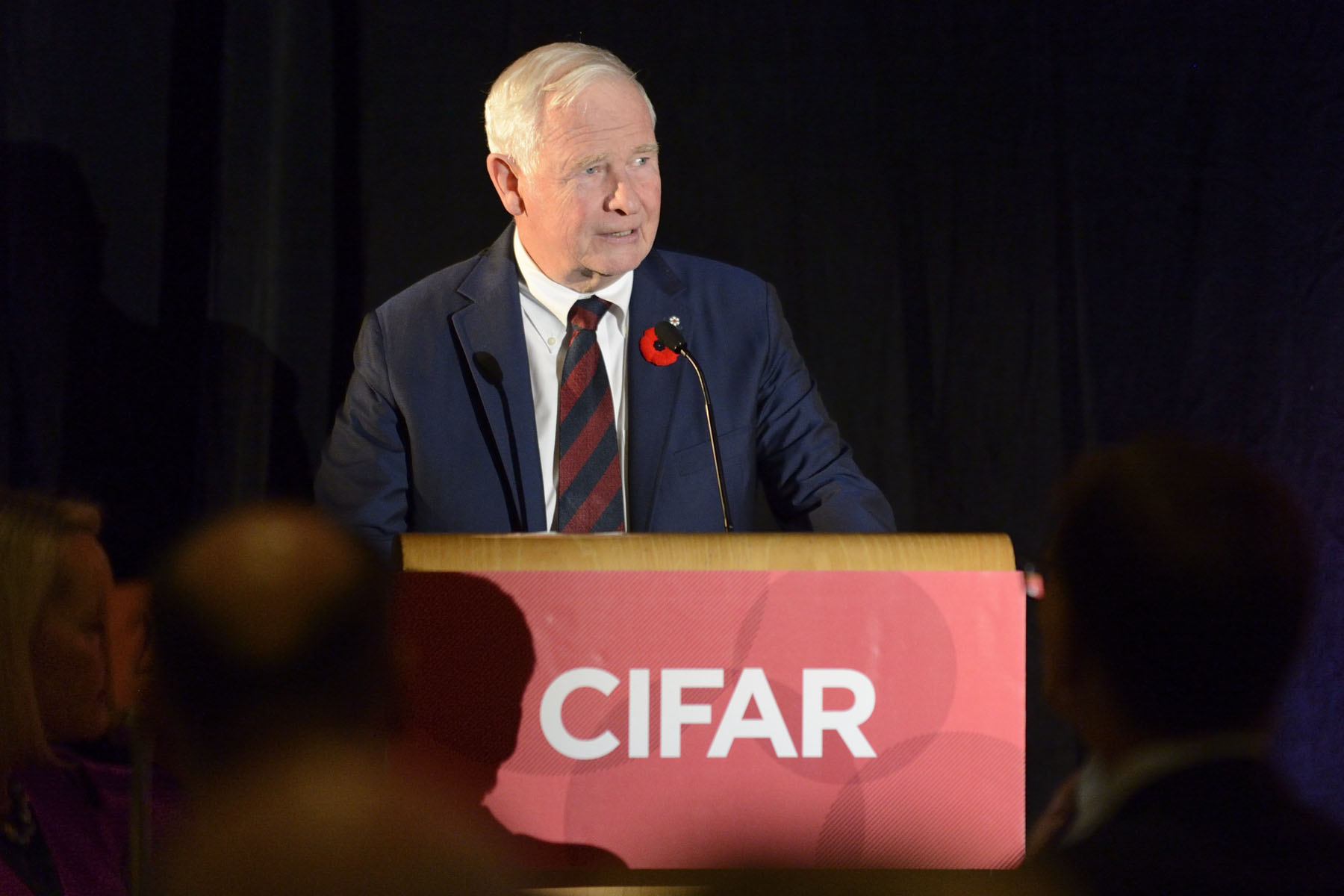 His Excellency then participated in the Canadian Institute for Advanced Research's (CIFAR) event Four Questions to Change the World. He delivered remarks on the importance of aiming high and collaborating internationally on research projects.