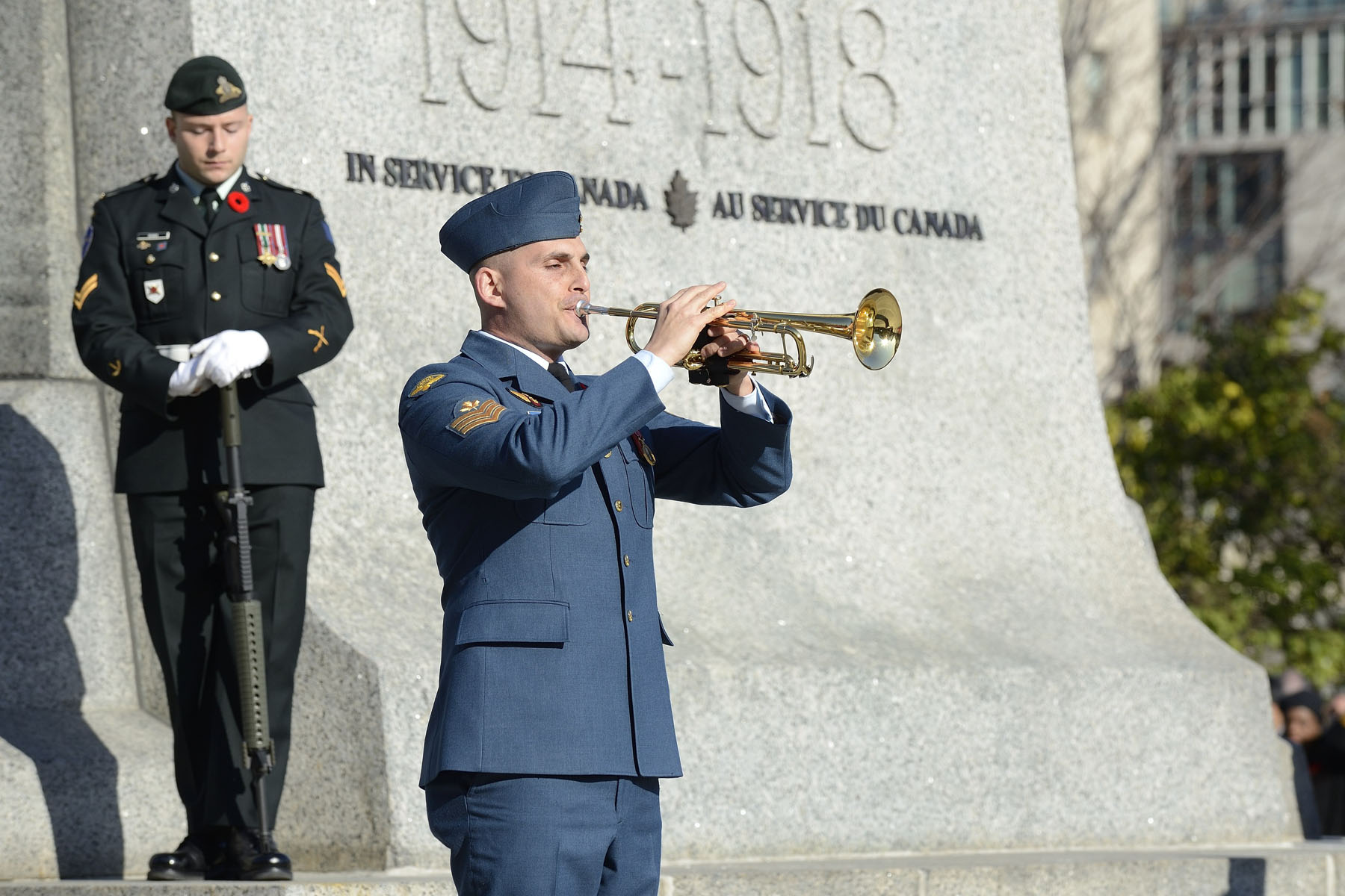 As per tradition, the ceremony took place at the National War Memorial, in Ottawa.