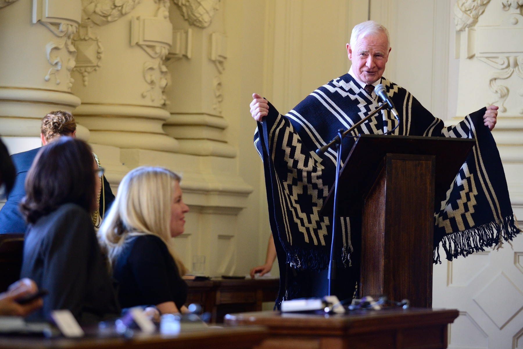 "On this occasion, the Governor General was also presented with a Mapuche indigenous poncho. ""This truly is a remarkable city,"" said His Excellency. ""As the capital of Chile, so much of your country's culture, business, academia and history are found here. And, this particular section, this comuna of Santiago, is the historic core of a metropolitan area that is so central to the country's economy; an astounding 45 per cent of Chile's GDP is earned in your comuna. Given its importance, I am delighted that my wife, Sharon, and the entire Canadian delegation could join me in exploring this city and meeting with its wonderful people."""