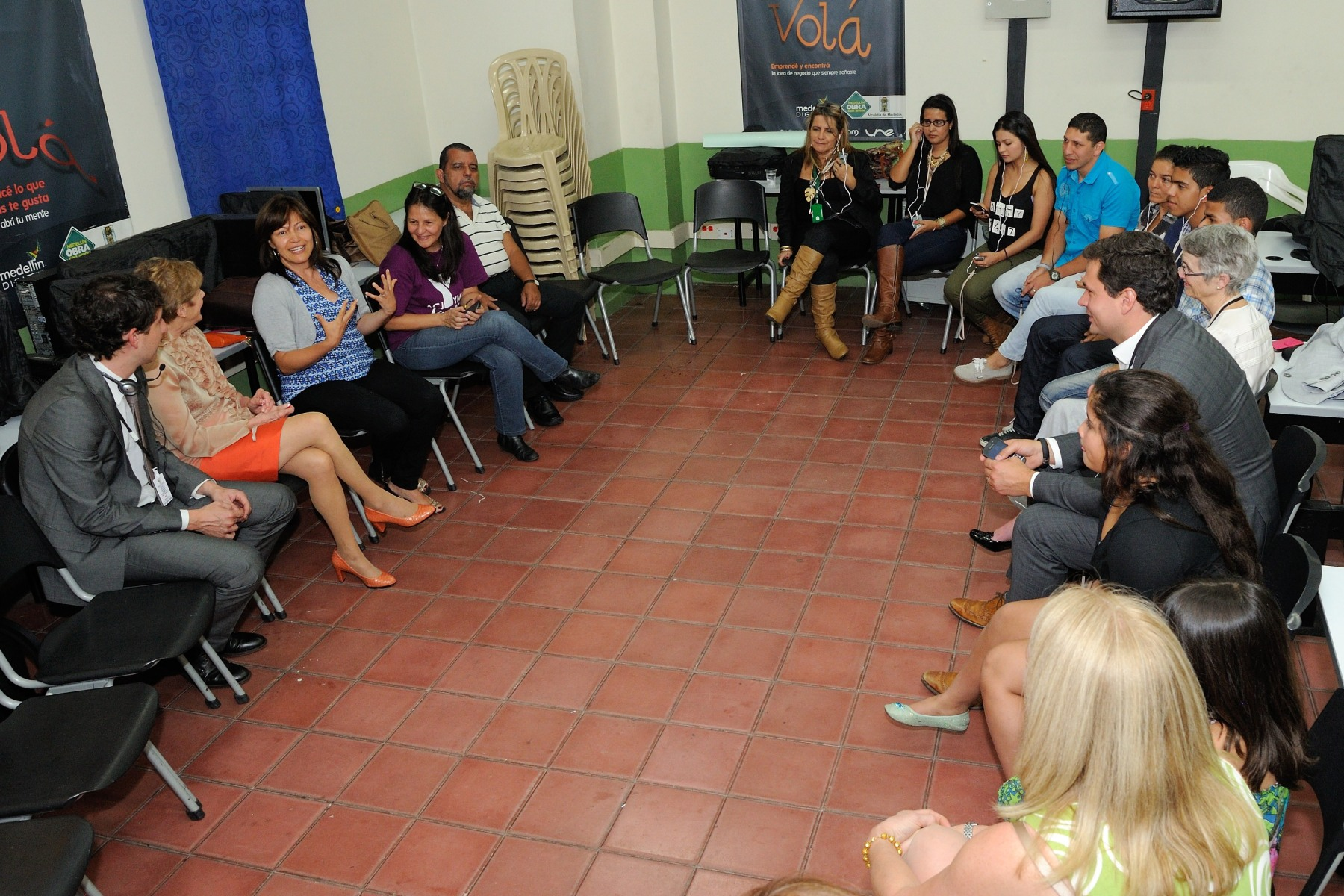 Her Excellency visited ACJ-YMCA Medellín, where she heard about the YMCA Medellín and YMCA Greater Toronto partnership.