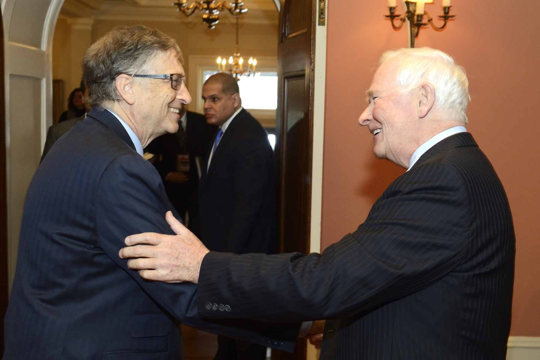 The Governor General welcomed Mr. Bill Gates at Rideau Hall.
