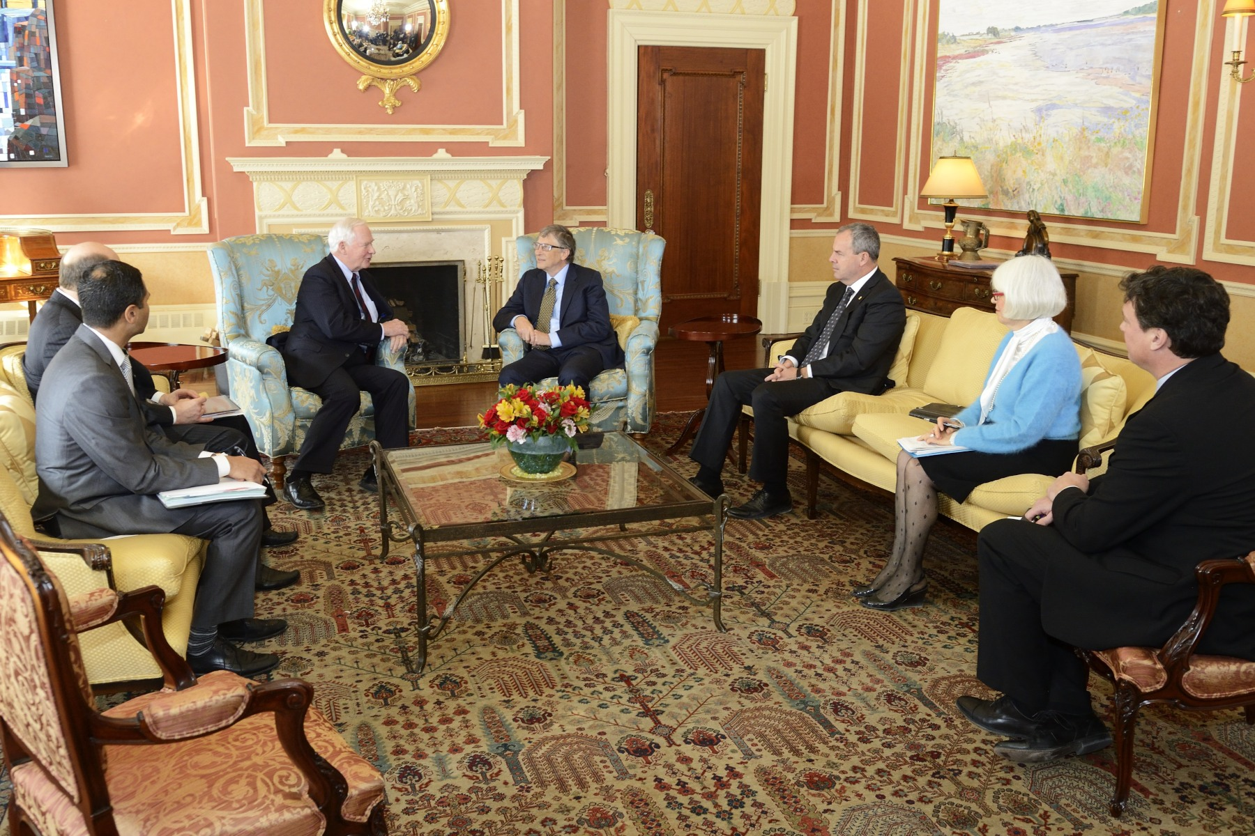 His Excellency and Mr. Gates, accompanied by advisors from Rideau Hall and the Bill and Melinda Gates Foundation, discussed matters relating to philanthropy.