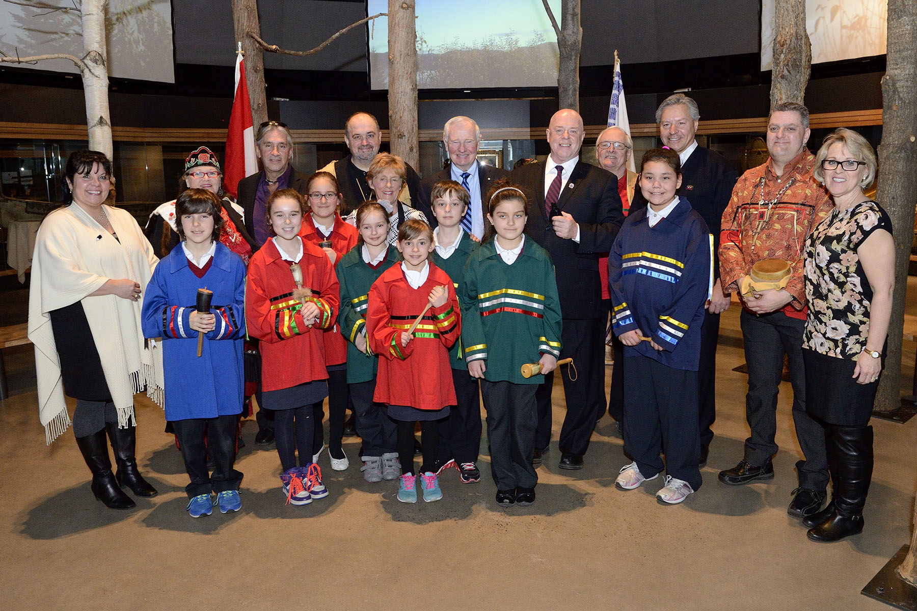 Their Excellencies were welcomed by Konrad Sioui, Grand Chief and the Family Chiefs of the Huron-Wendat Nation during their visit to Wendake.