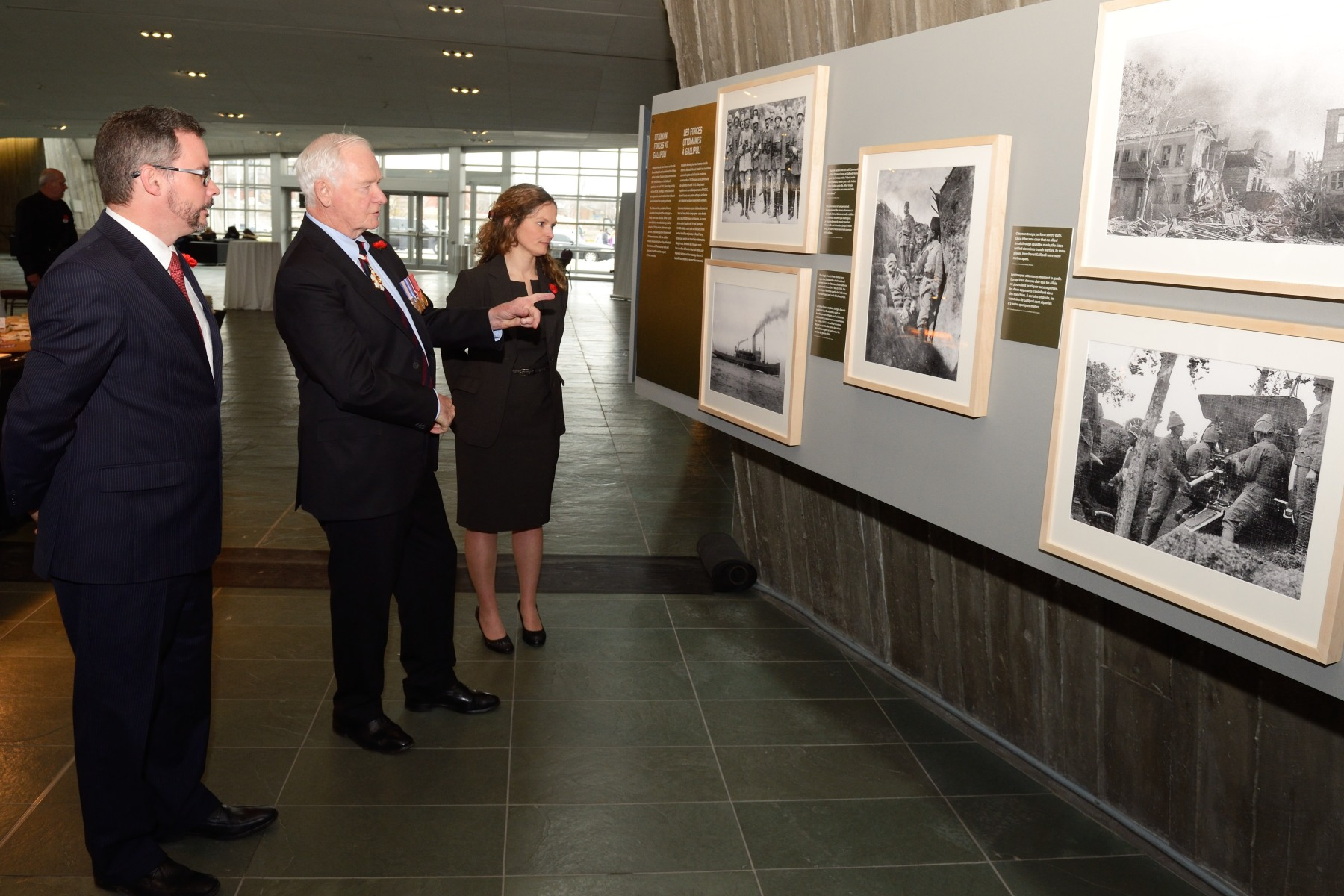Following the ceremony, the Governor General visited the exhibit that recounts the Gallipoli Campaign on display inside the Canadian War Museum.