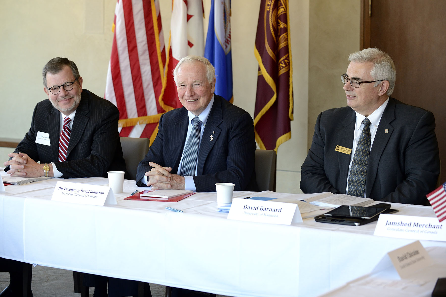 The Governor General then took part in a discussion with representatives of public and private universities in Minnesota, Iowa, North Dakota and South Dakota.