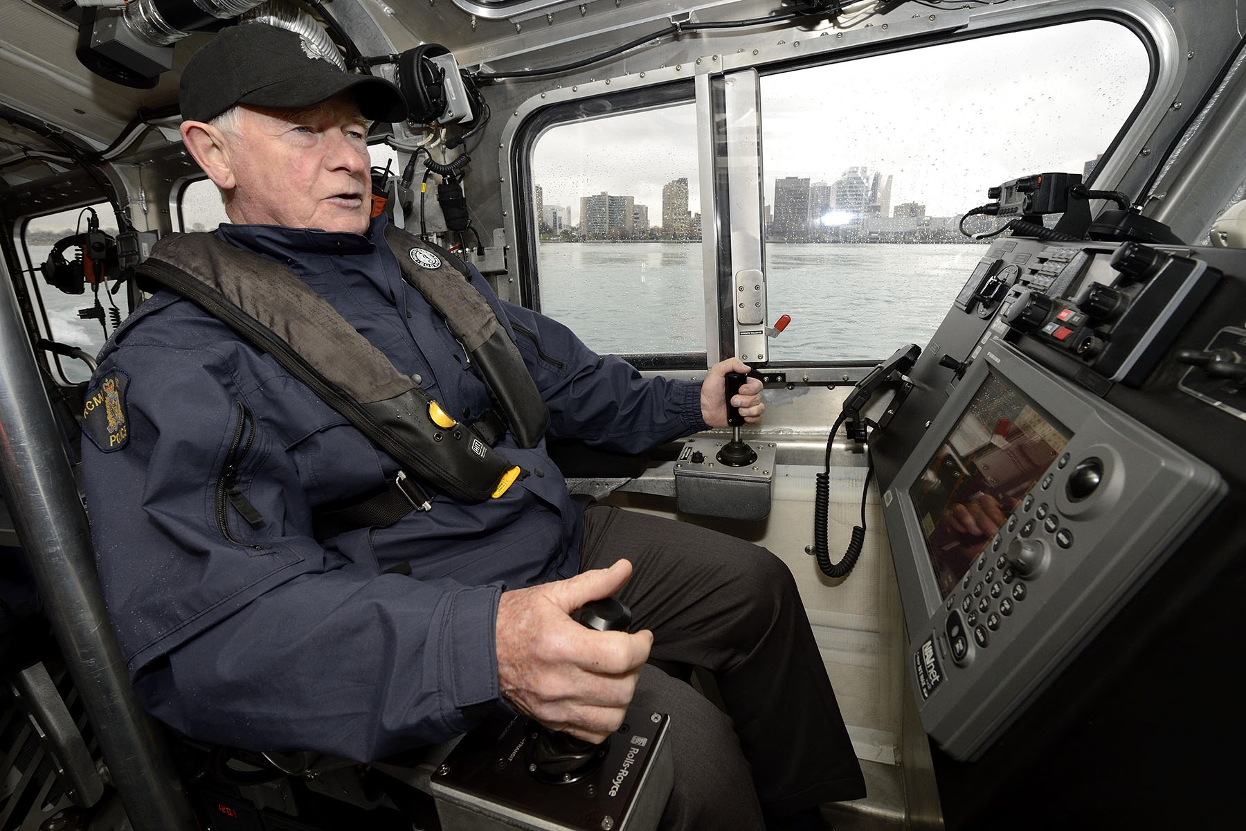 The Governor General embarked on a patrol of the Detroit River, during which he received further details about the program and... took control of the vessel!