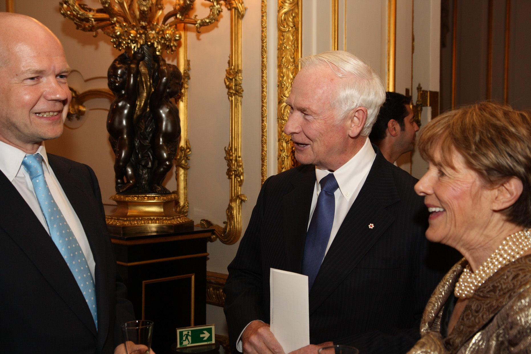 On April 28, 2011, the Governor General and his wife Her Excellency Sharon Johnston attended the reception and dinner hosted by the Secretary of State for Foreign and Commonwealth Affairs the Right Honourable William Hague and his wife Mrs. Ffion Hague.
