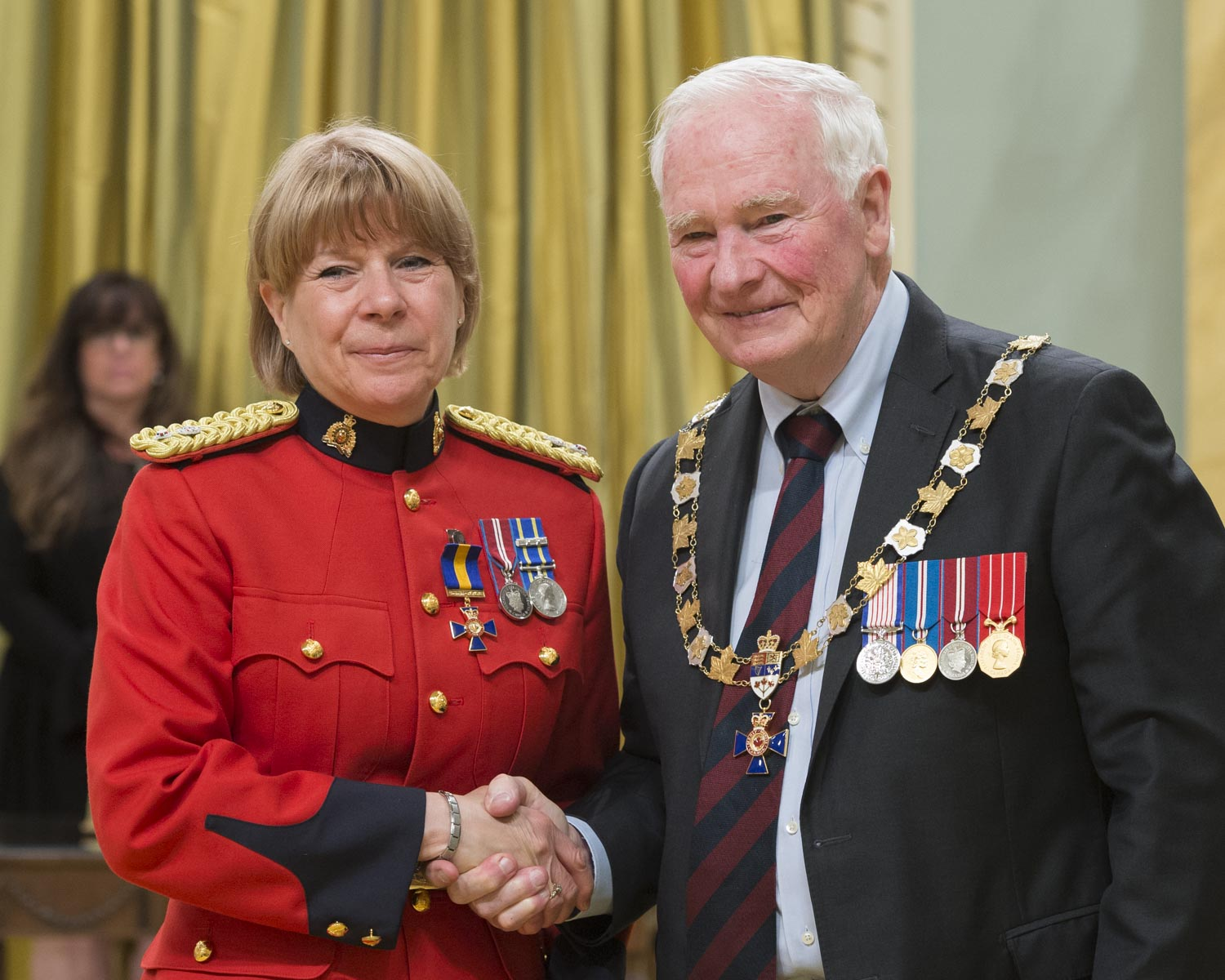 His Excellency presented the Order at the Officer level to Superintendent Martine Fontaine, O.O.M., Royal Canadian Mounted Police, Westmount, Quebec.