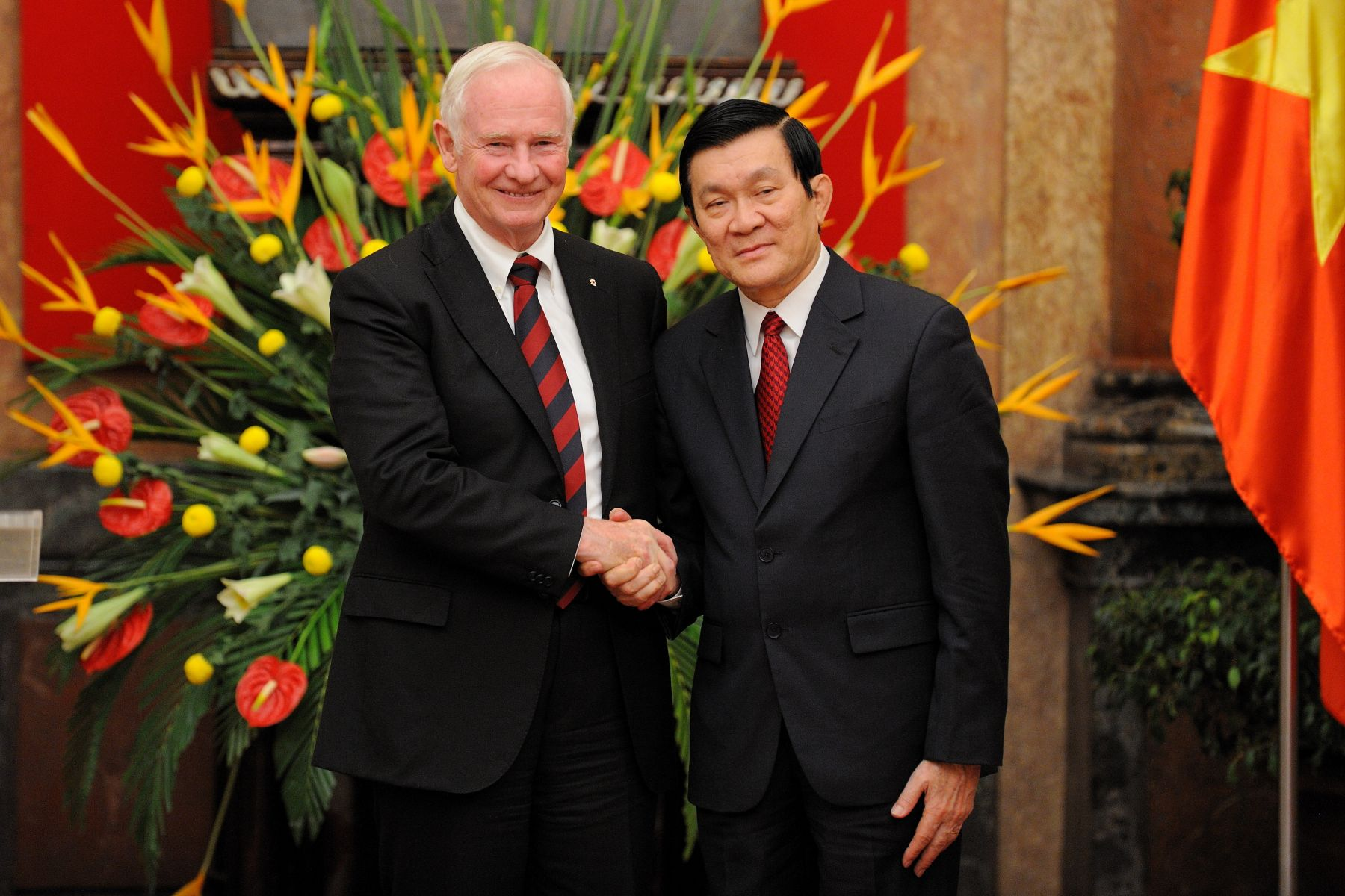 Following the ceremony, the Governor General met with the President of the Socialist Republic of Vietnam. Both delivered statements to reporters gathered inside the Palace.