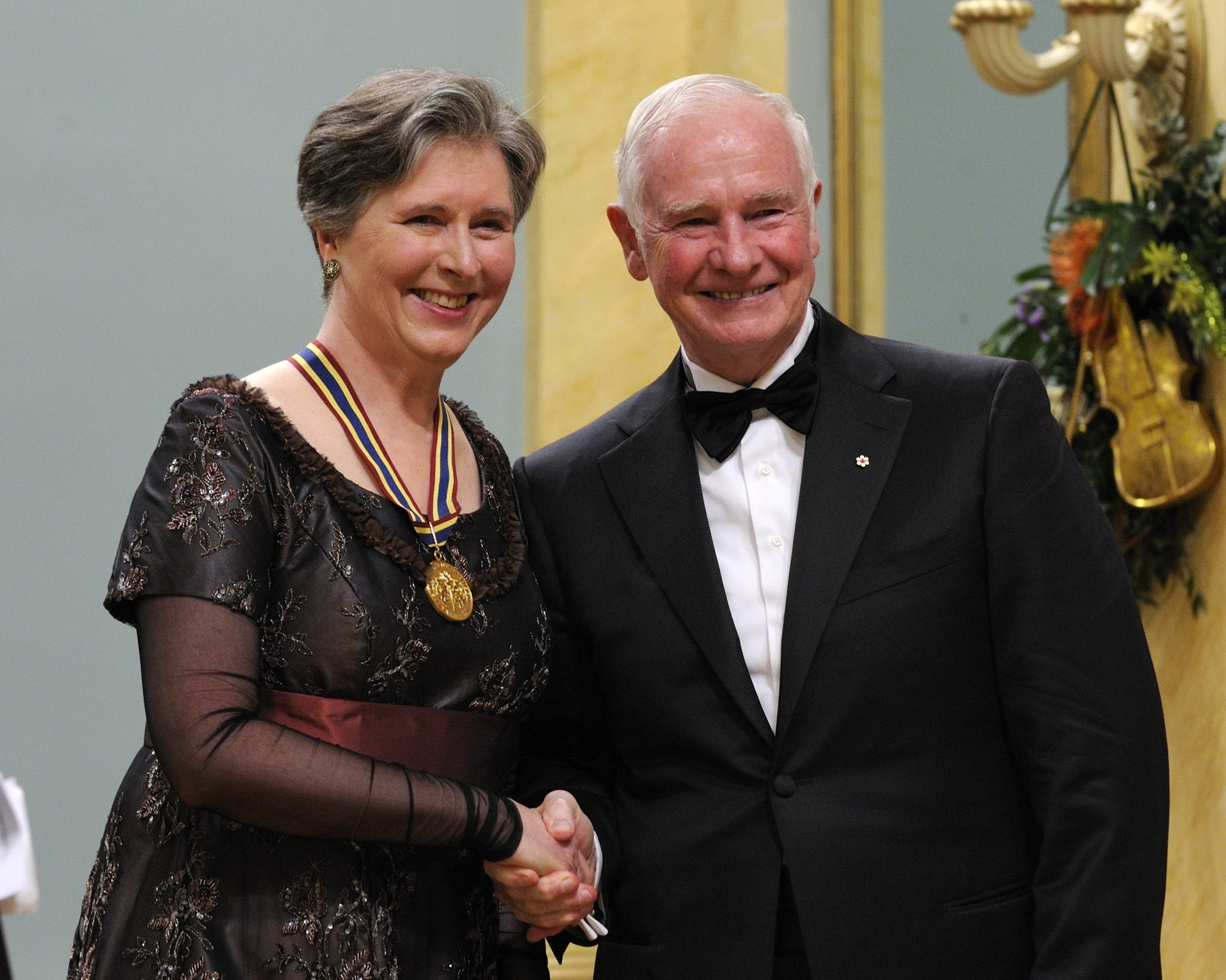 Ms. Janina Fialkowska, concert pianist, received the Lifetime Artistic Achievement Award.