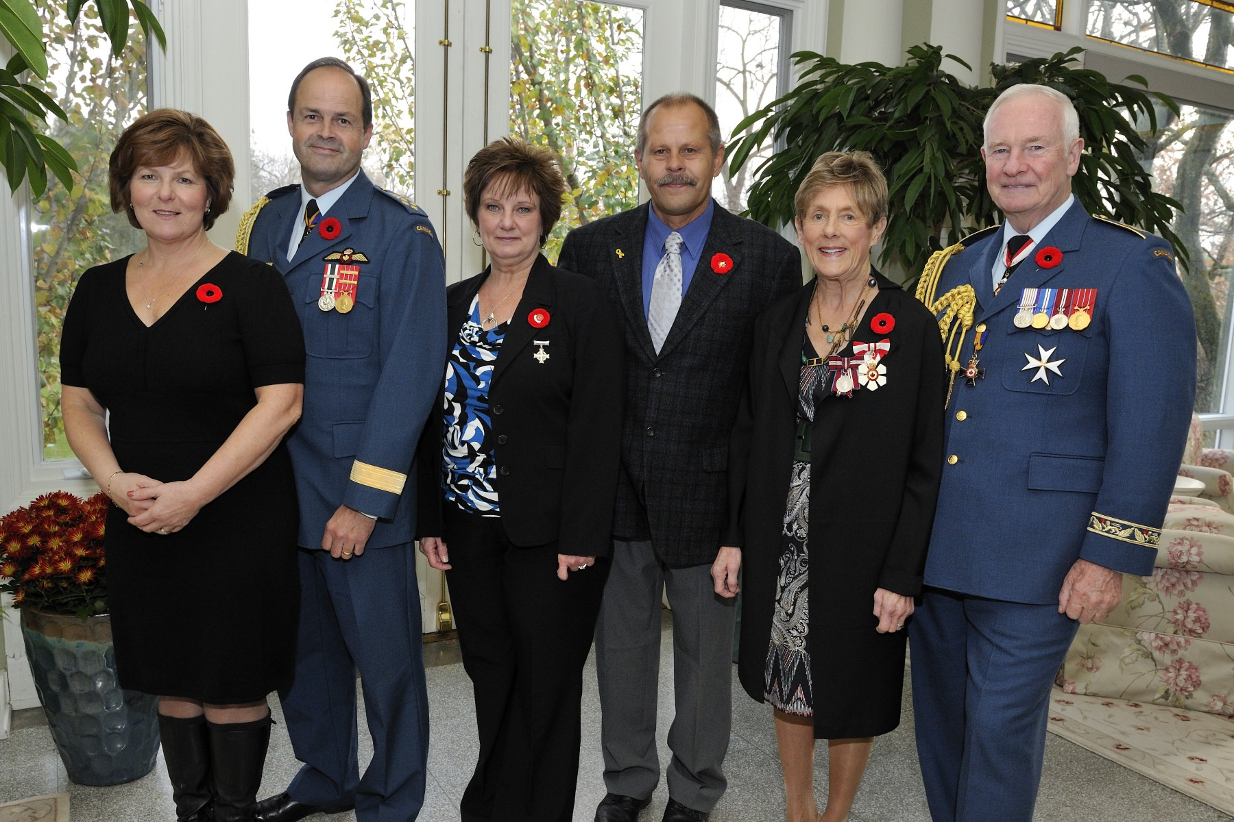 Following the ceremony, Their Excellencies hosted a luncheon at Rideau Hall to pay tribute to the 2012 National Silver Cross Mother, Mrs. Roxanne Priede. Each year, the National Silver Cross Mother is chosen by The Royal Canadian Legion to attend the National Remembrance Day Ceremony on behalf of all Canadian mothers who have lost children in the service to their country.