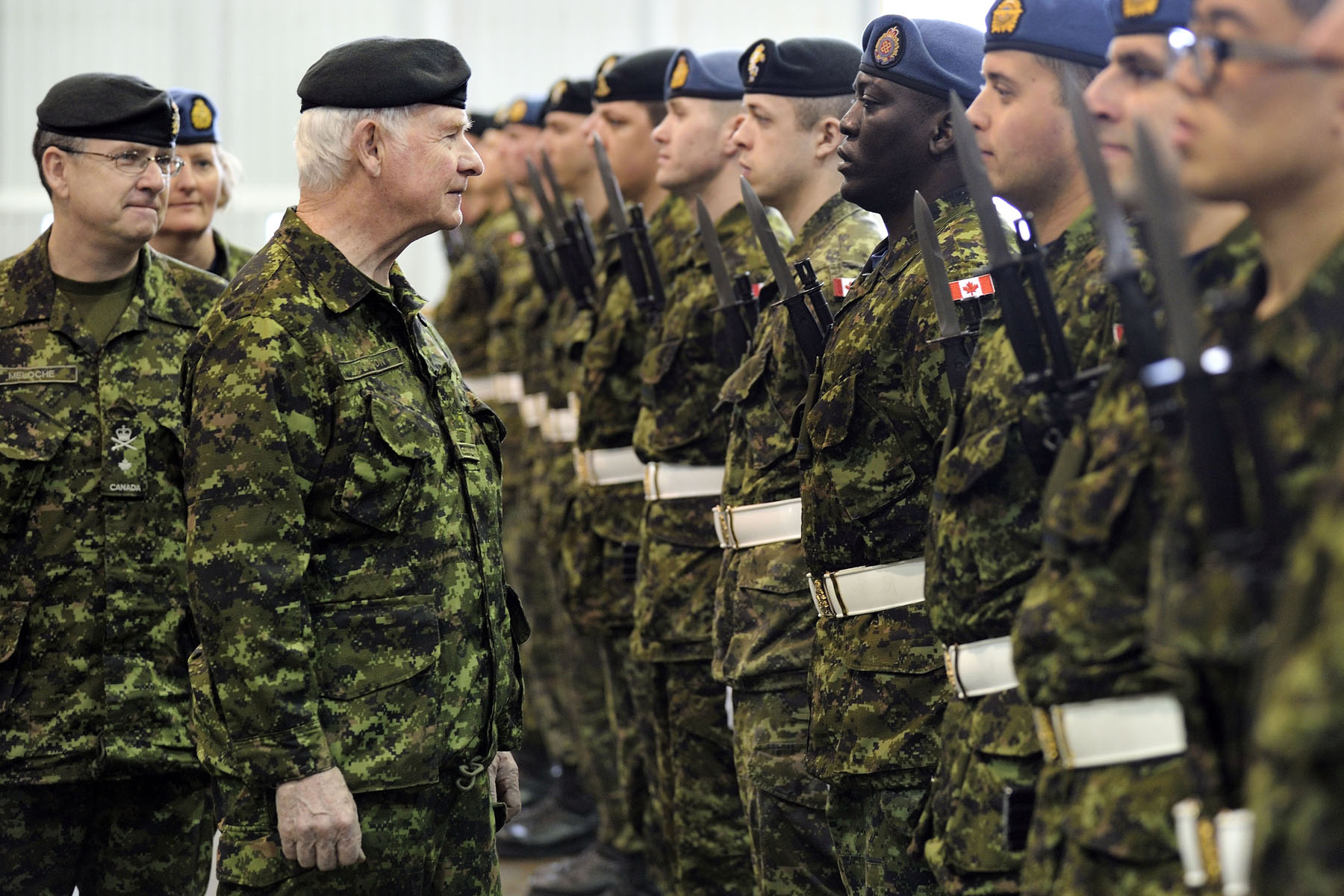 As Commander-in-Chief of Canada, His Excellency and Brigadier-General Louis Meloche, Commander Canadian Forces Recruiting Group Headquarters, inspected the honour guard upon his arrival at CFB Borden.
