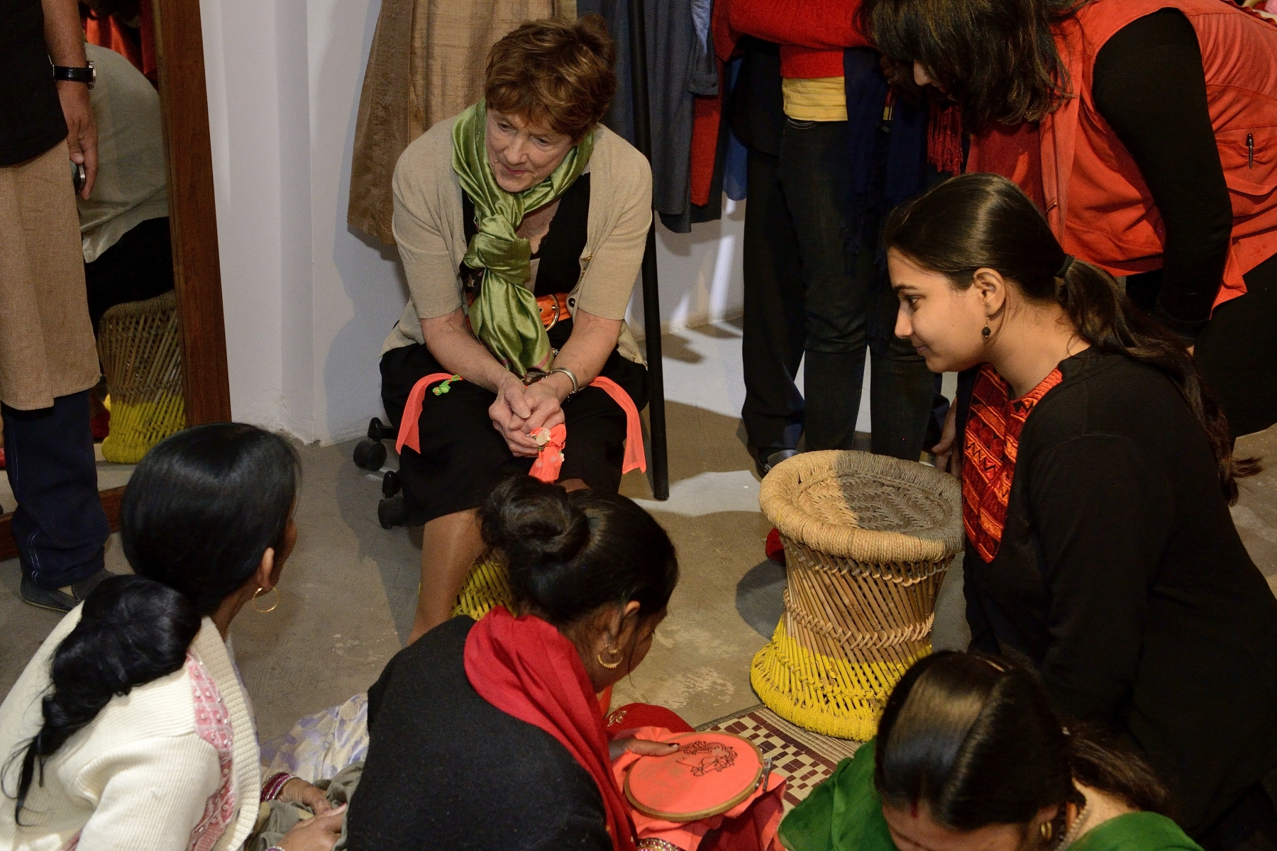 Her Excellency visited Loom Mool, a store established by SEWA Bharat—a 40-year-old trade union that represents 1.6 million women informal workers and entrepreneurs from the most marginalized groups of society.