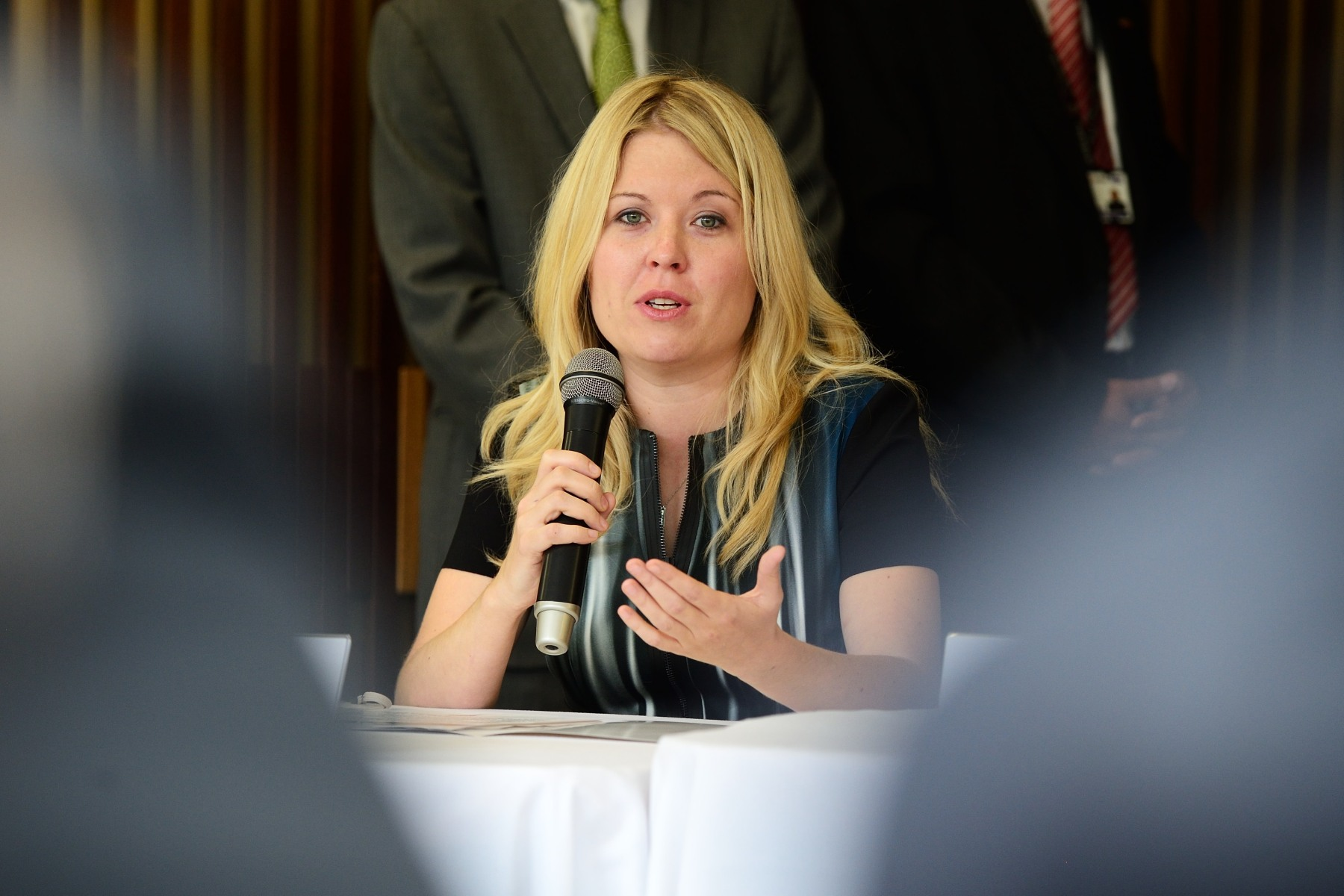 The Honourable Michelle Rempel, Minister of State (Western Economic Diversification), took part in the discussion. Since 2006, the Government of Canada has contributed $34 million in support of Colombia's flagship peacebuilding initiatives such as victims reparations, land restitution, humanitarian demining and demobilization verification.