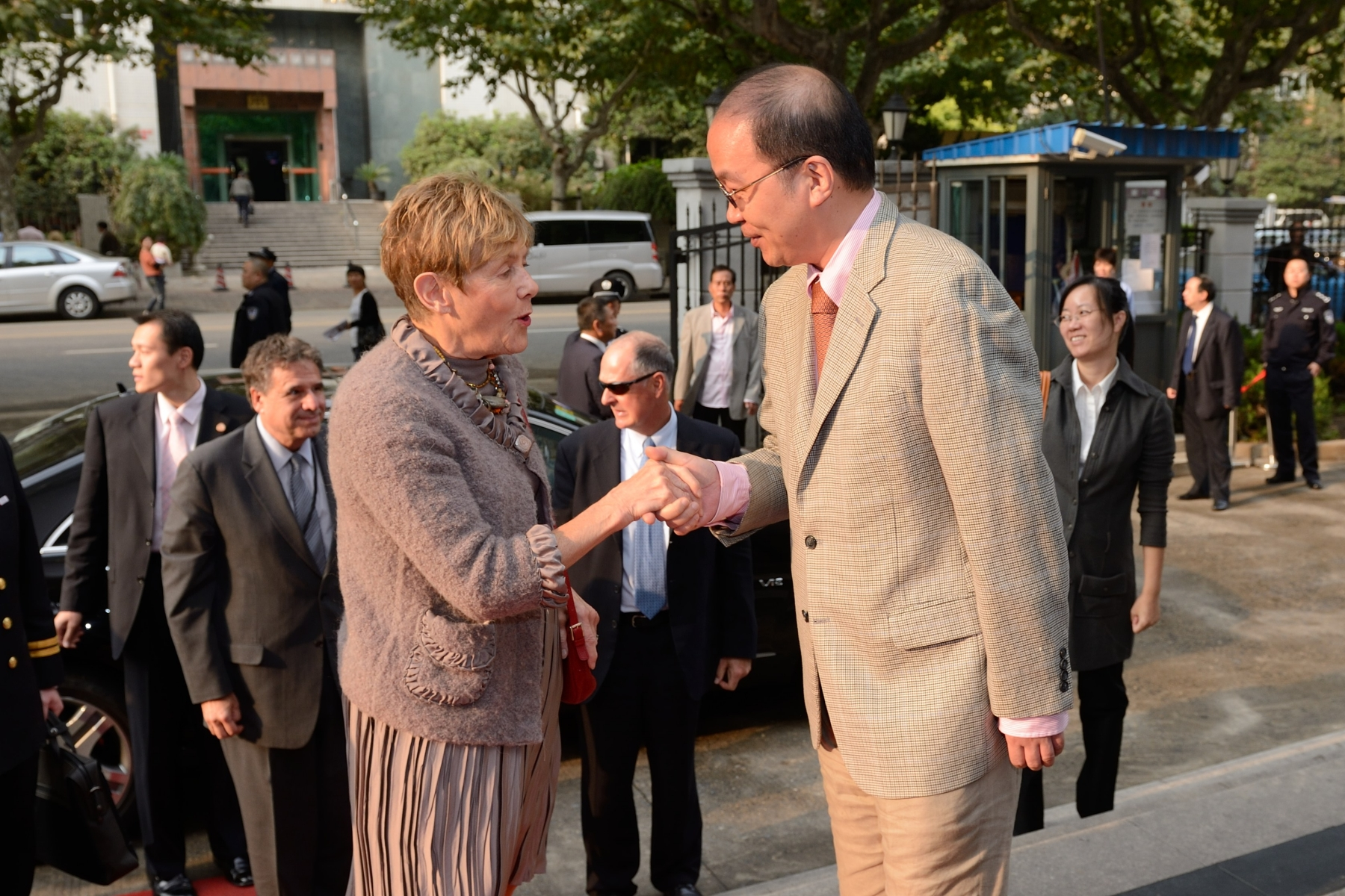 For her part, Her Excellency had the opportunity to tour the Shanghai Mental Health Centre, at Shanghai Jiao Tong University School of Medicine.