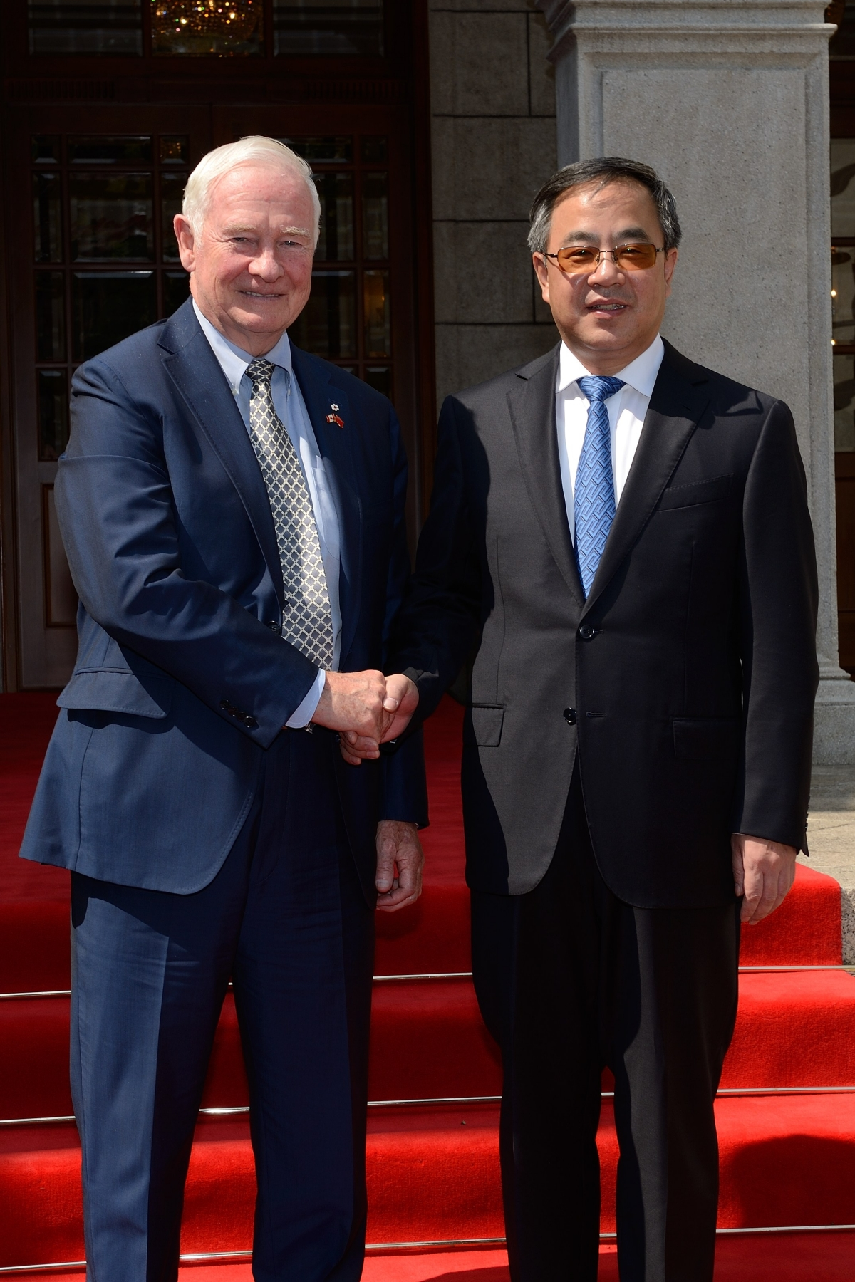 Prior to his departure from China, the Governor General met with His Excellency Hu Chunhua, Party Secretary of Guangdong Province.