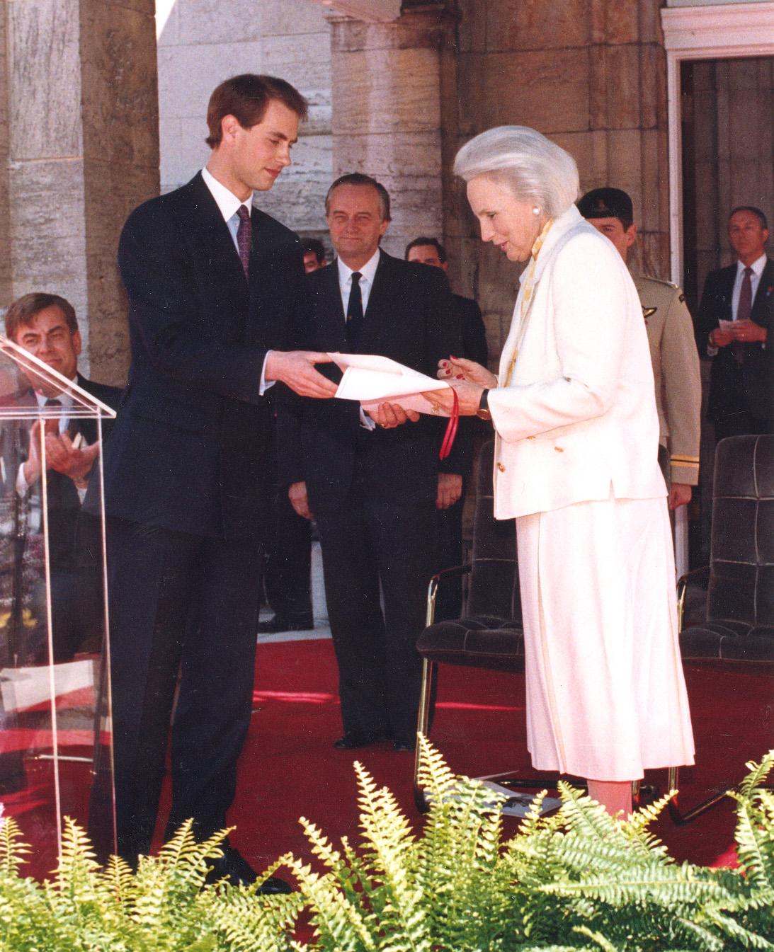 Governor General Jeanne Sauvé receiving the Royal Letters Patent from His Royal Highness the Prince Edward at Rideau Hall on June 4, 1988