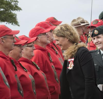 During the inspection of the guard of honour, the Governor General stopped to thank members for their service.