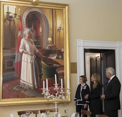 Later, Her Excellency proceeded to Government House to view the Diamond Jubilee Portrait of Her Majesty Queen Elizabeth II, which is now on public display inside the residence. The portrait has been in the Ballroom at Rideau Hall, the official residence a