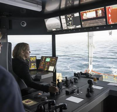In the afternoon, the Governor General visited Memorial University's Fisheries and Marine Institute where she tried out the Hibernia Offshore Operations Simulator