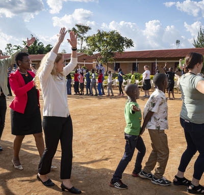 The Governor General and Canadian delegates play with children at by the Right To Play (RTP) organization.