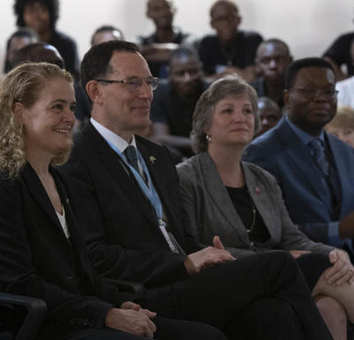 The Governor General and Canadian delegates Professor Neil Turok and Lisa Stadelbaue are listening to the discussion.